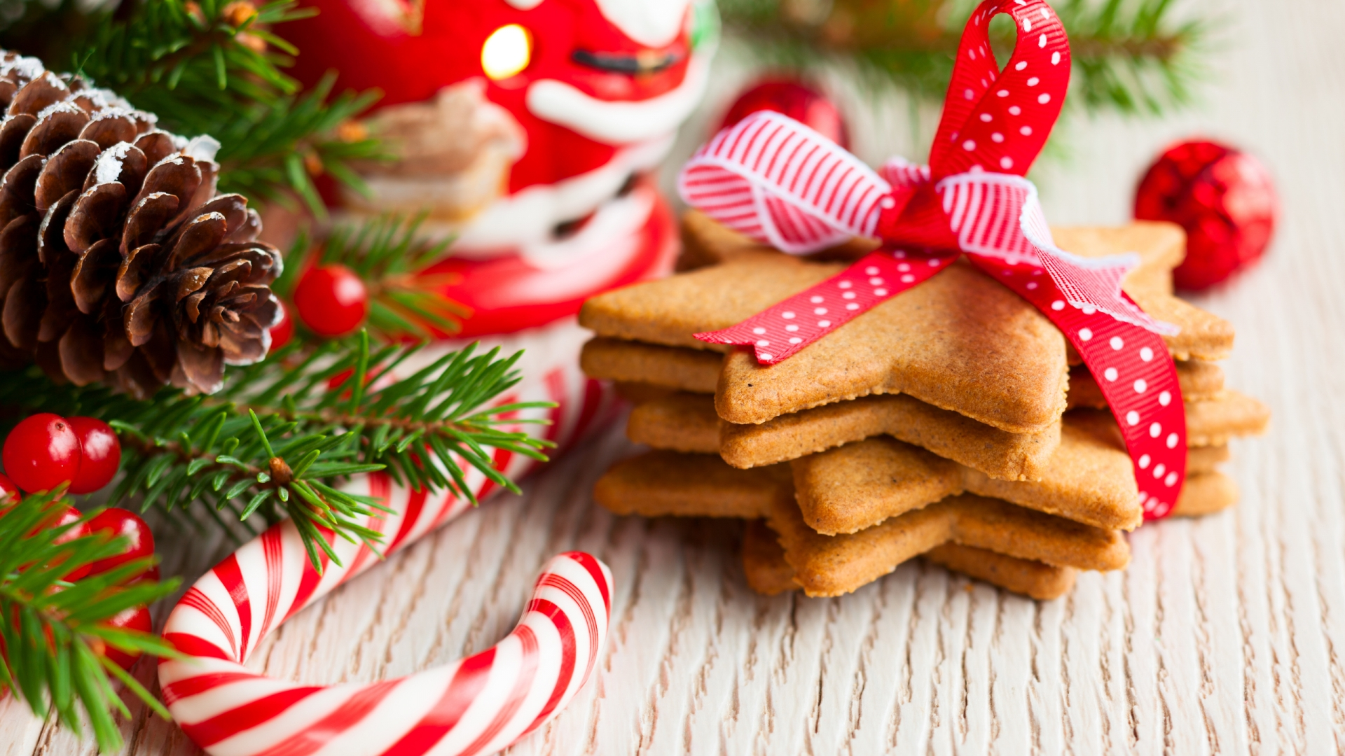 Holiday Pastries Wallpaper