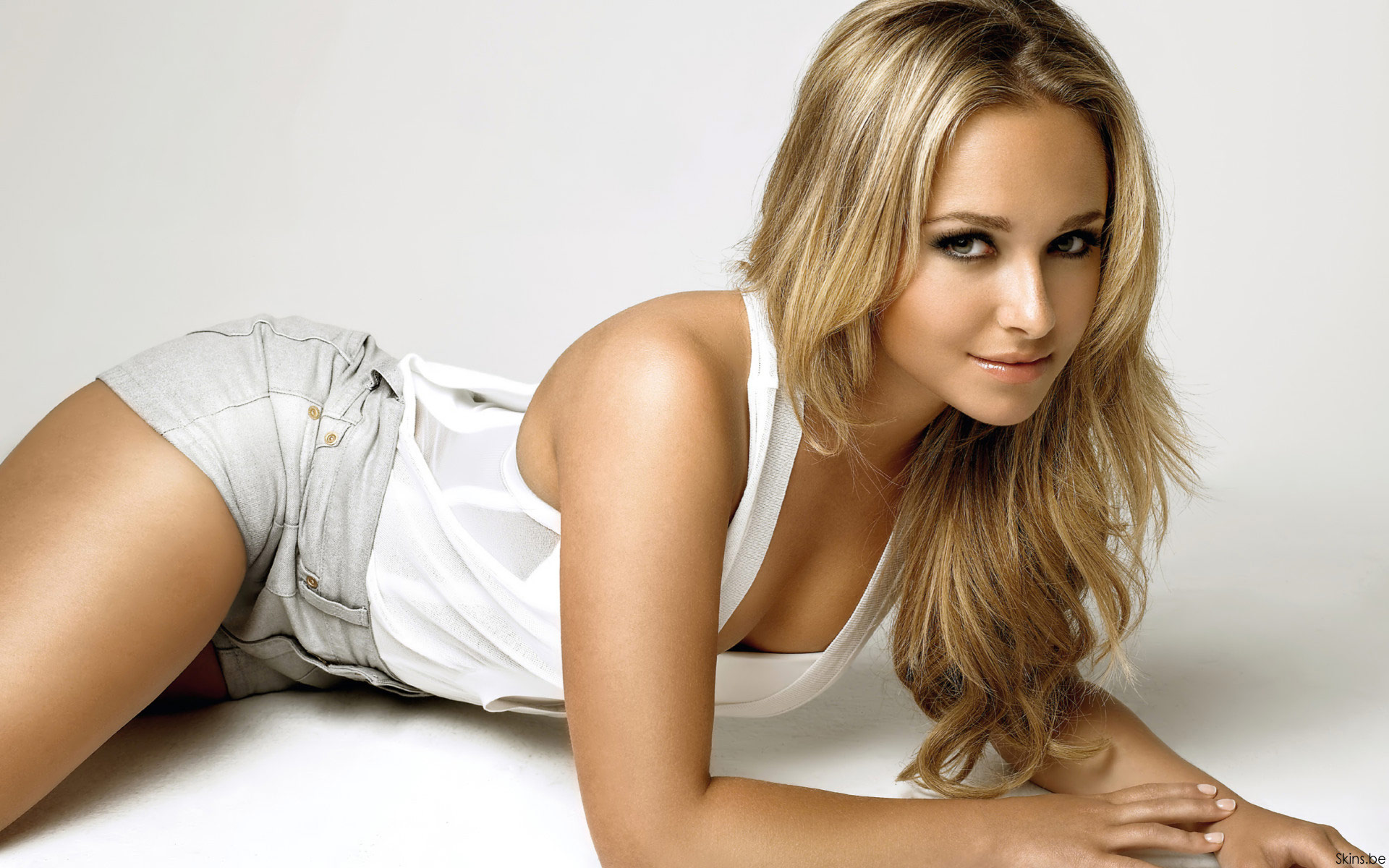 Hayden Panettiere Hot
