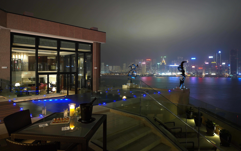 Hotel suite hong kong