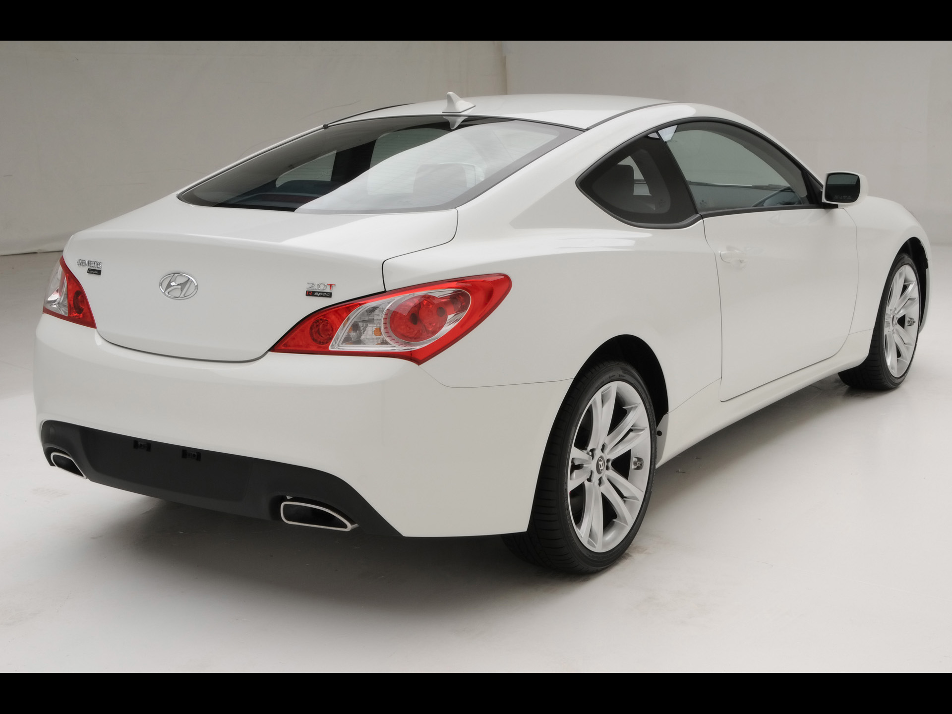 2010 Hyundai Genesis Coupe R-Spec - Rear Angle 3 - 1920x1440 - Wallpaper