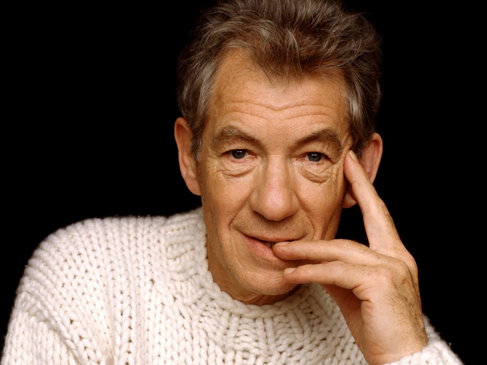 1600x1200 Celebrity Ian McKellen