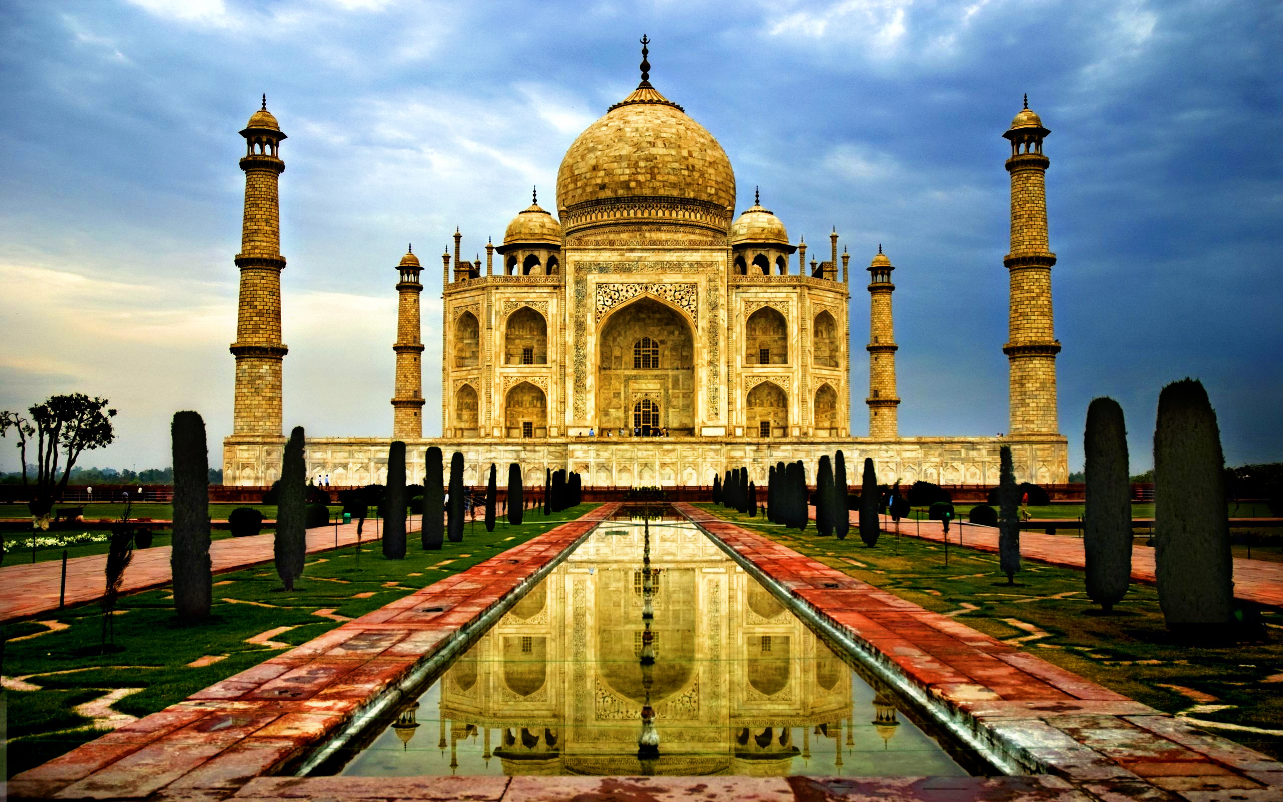 Cheap Flights to India