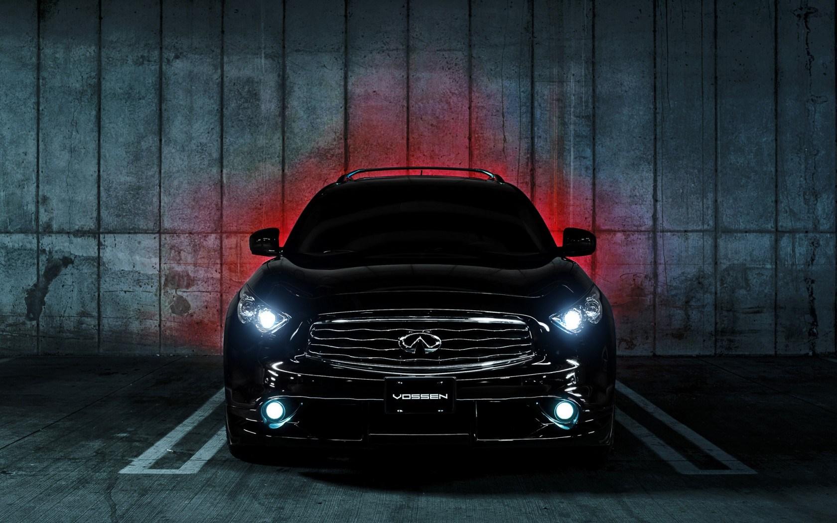 Infiniti FX35 S Vossen Lights