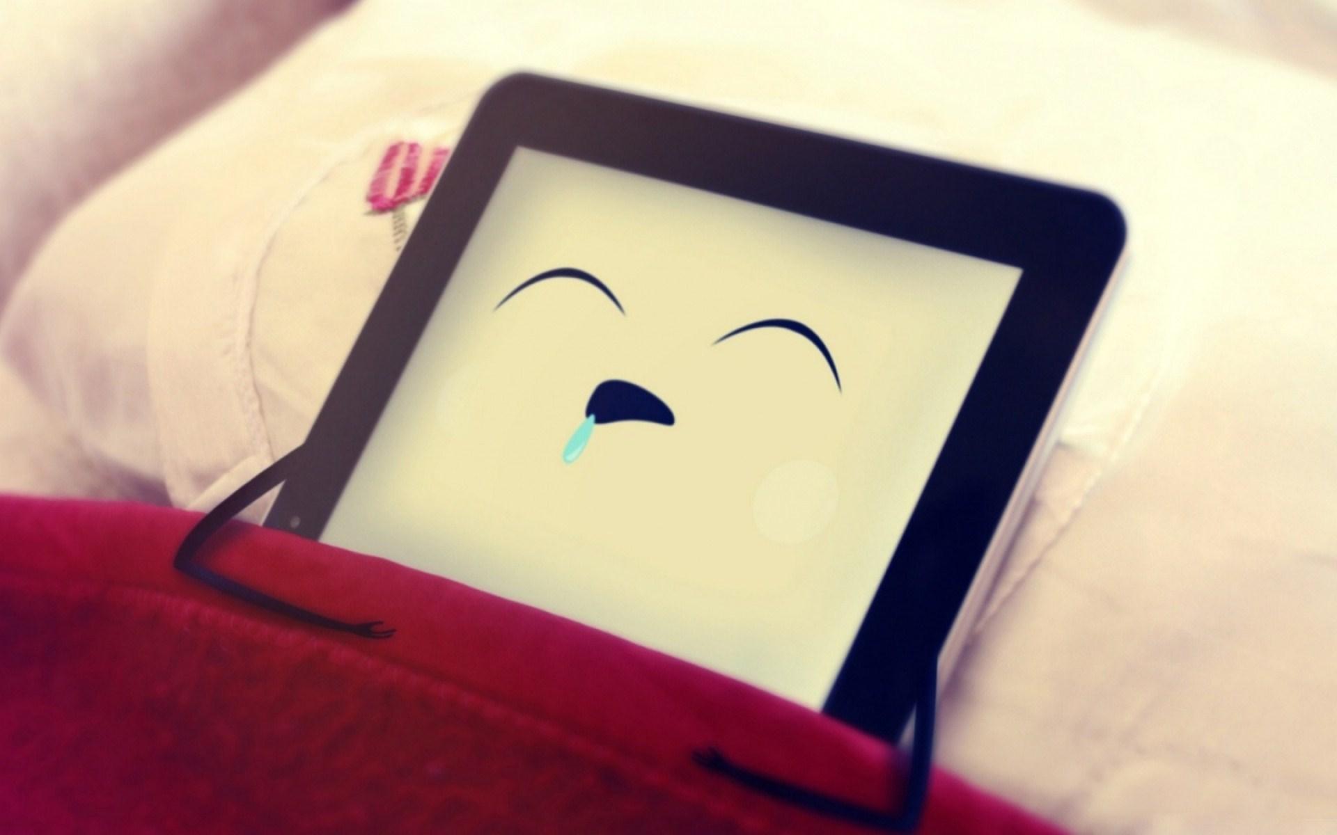 iPad Sleeps Creative Funny