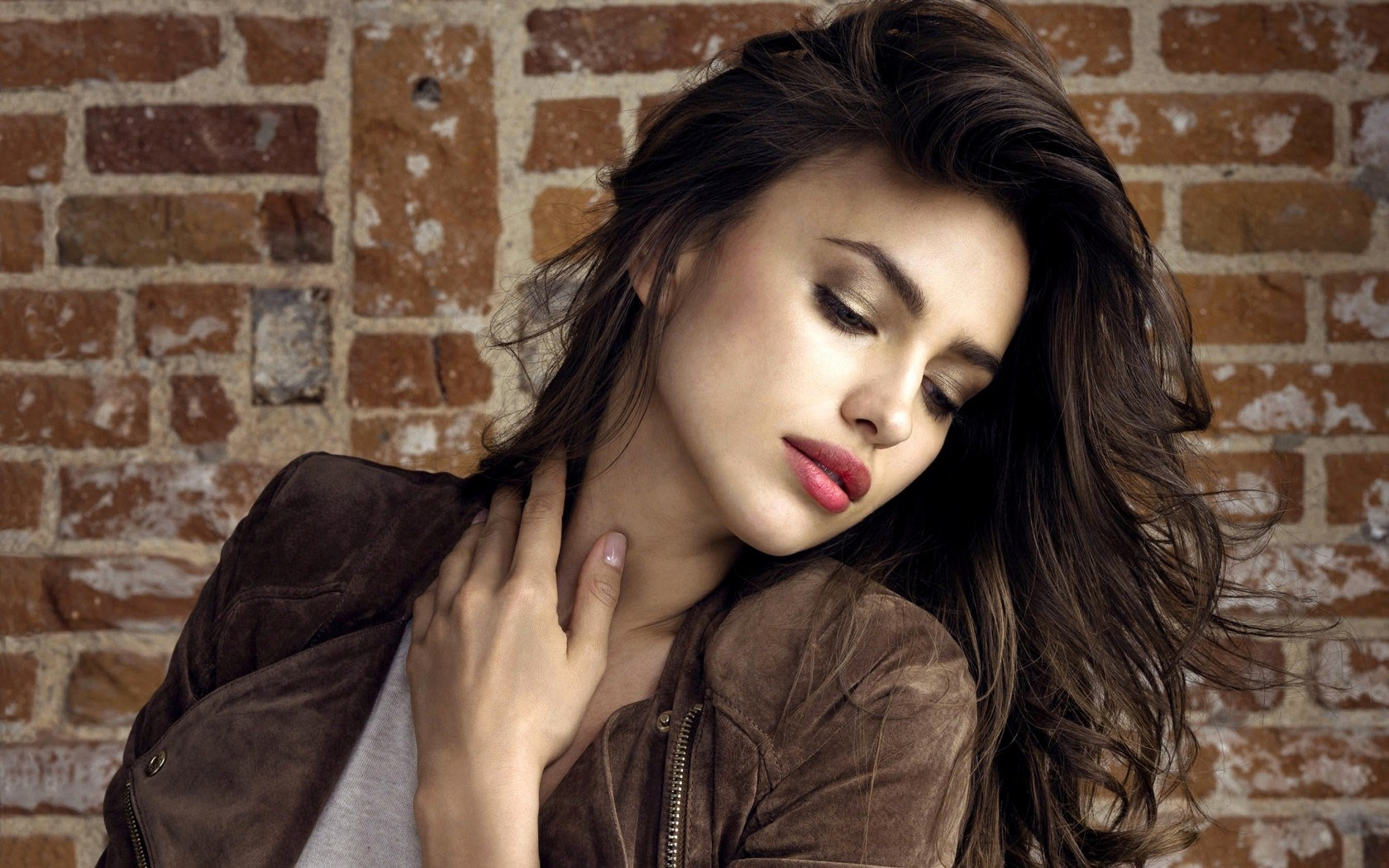 Irina Shayk Sheik Fashion Girl