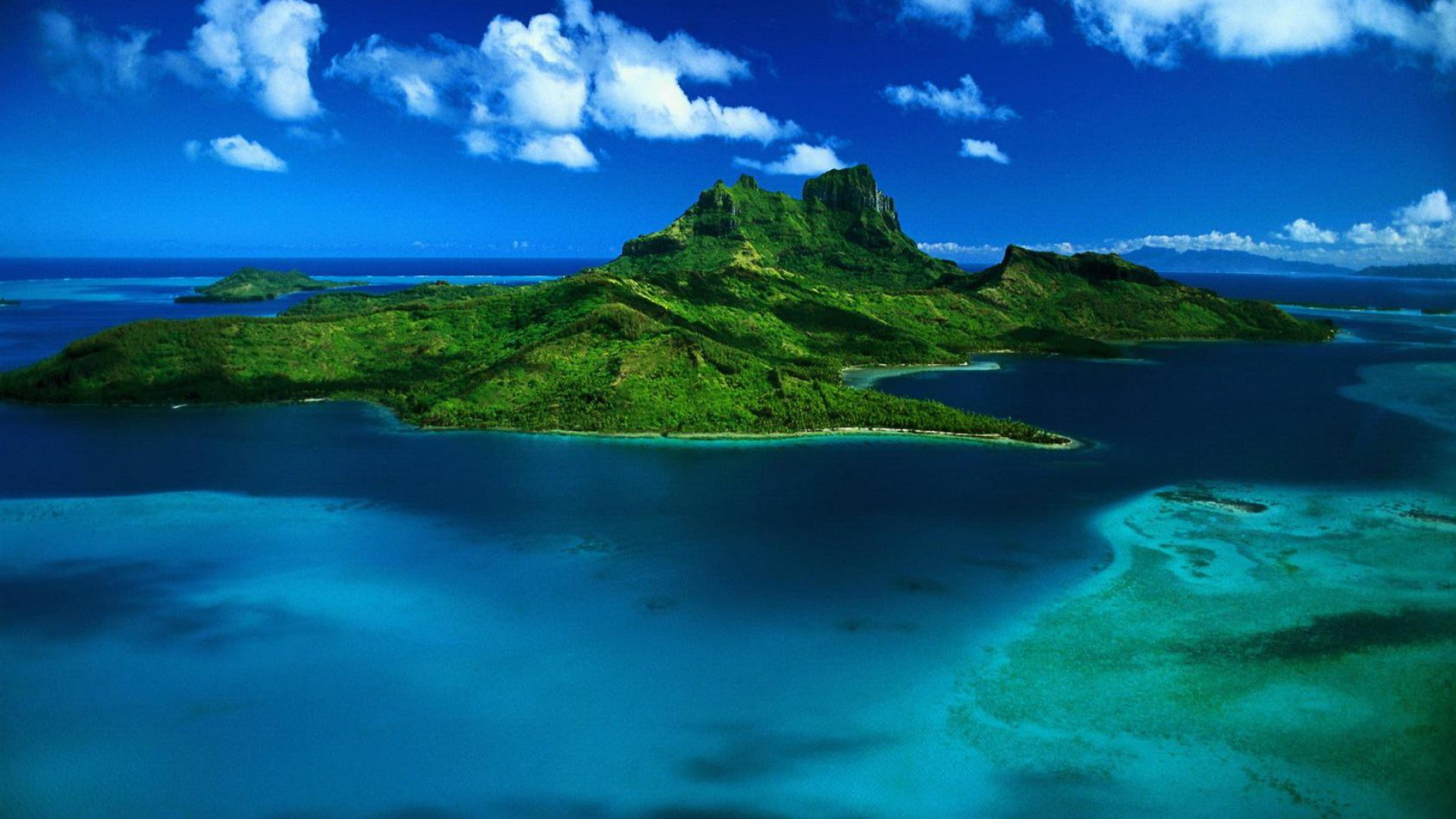 Astonishing Water Tropical Island Wallpaper 1920x1080px