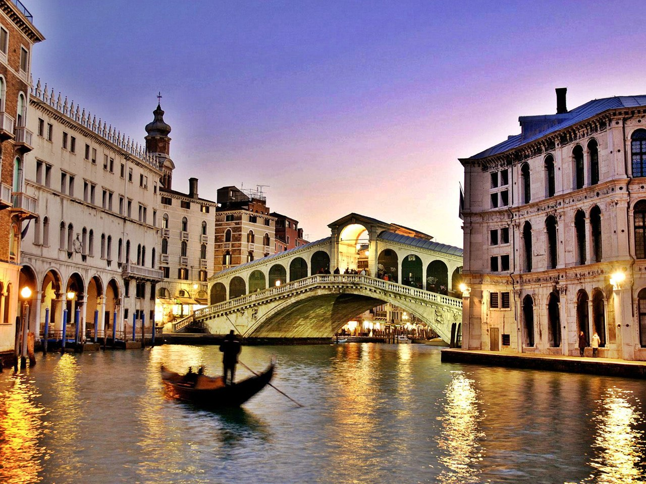 ITALY, one of the best holiday spots of Europe and a lot of attractions to cover. The best part was the cleanliness throughout (except for the Venice ...
