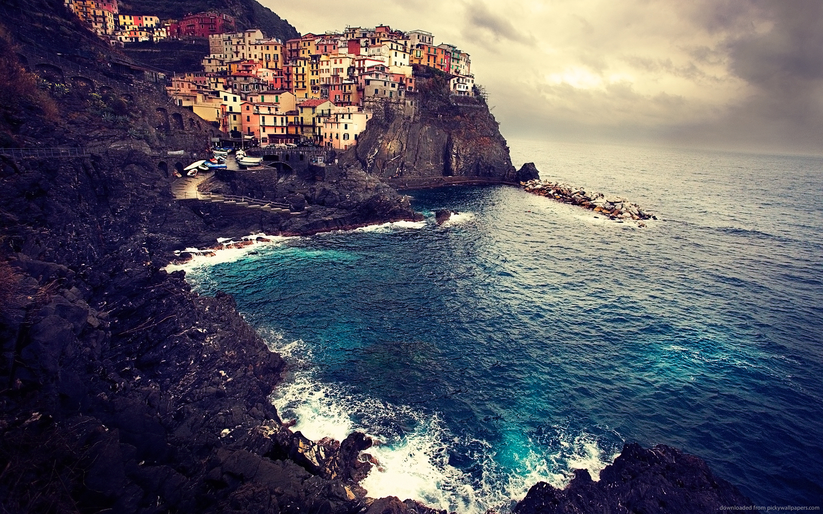 ... Cinque Terre in Italy for 1680x1050