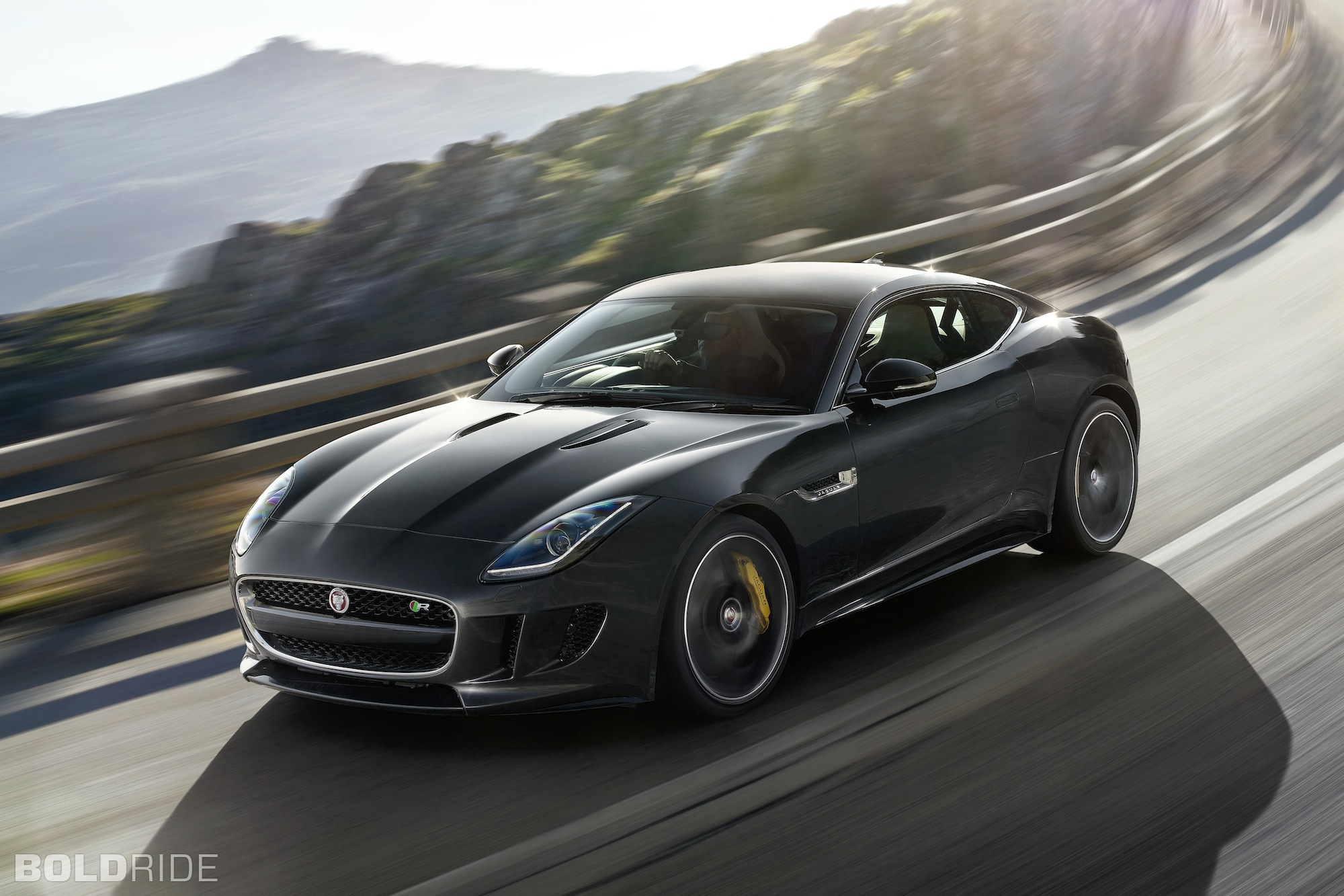 2015 Jaguar F-Type Coupe 1600 x 1200
