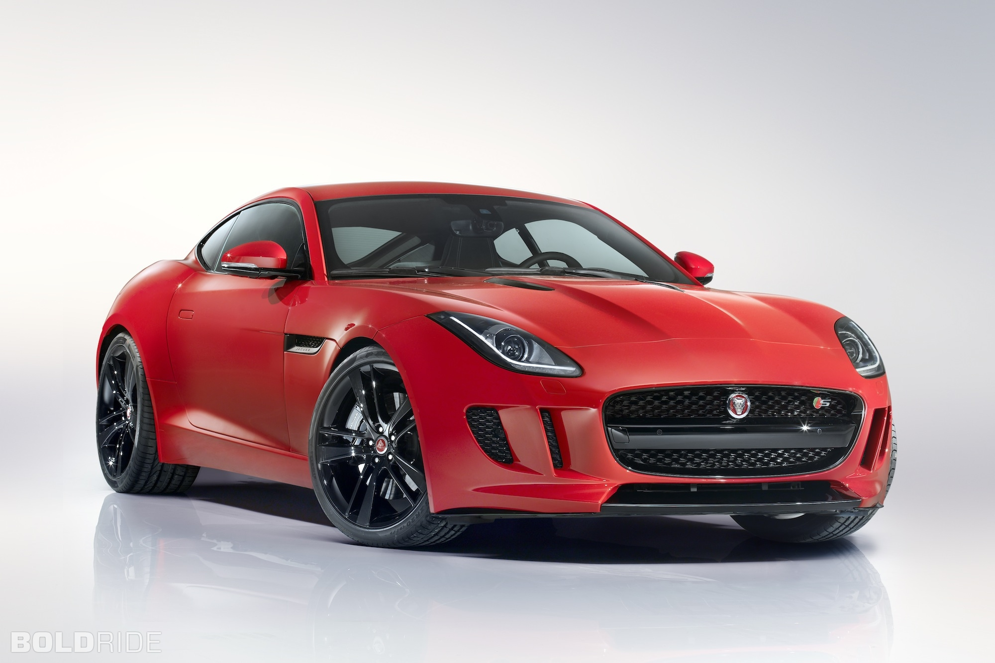 2015 Jaguar F-Type Coupe 2000 x 1333