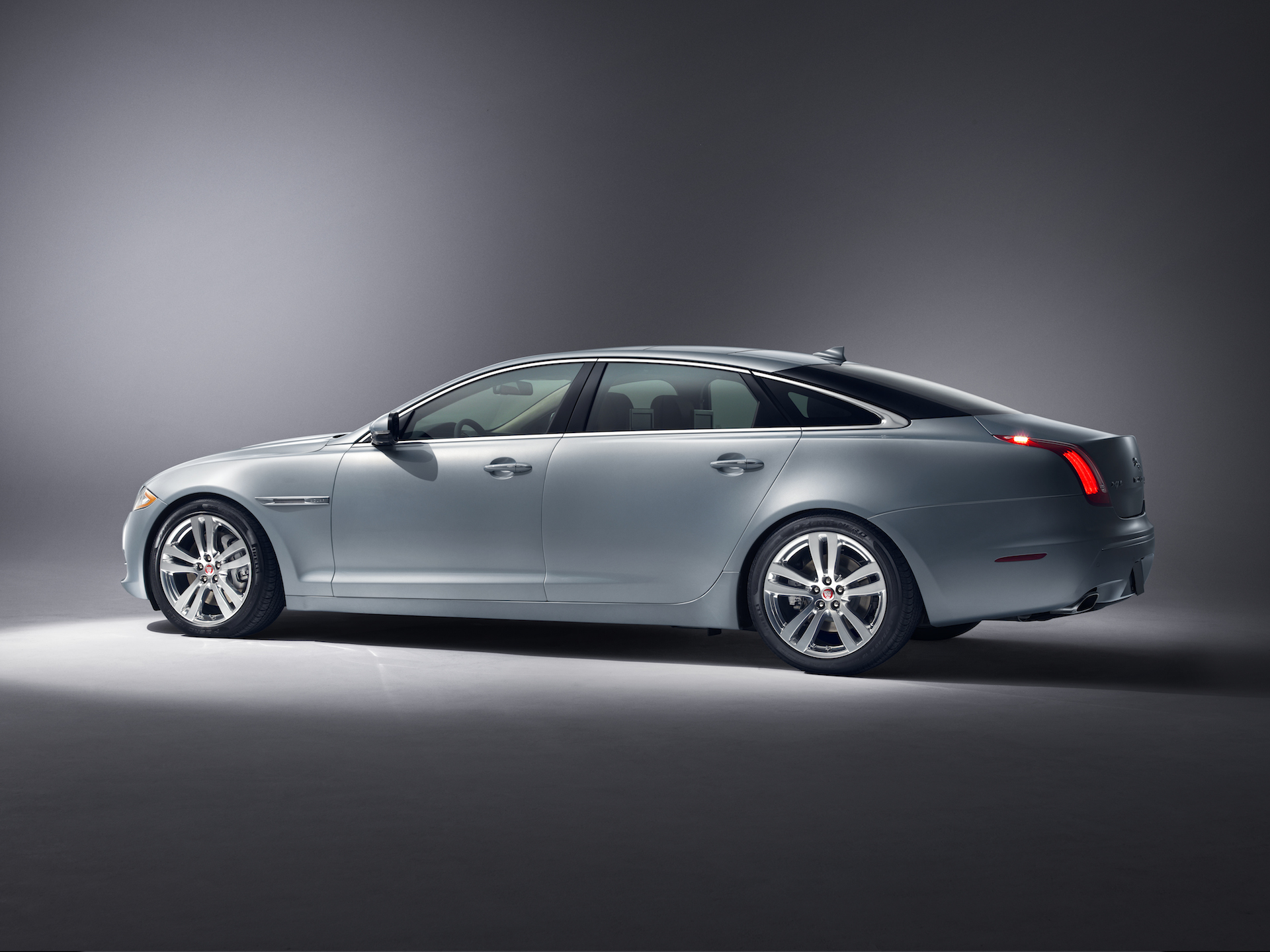 New and Used Jaguar XJ: Prices, Photos, Reviews, Specs - The Car Connection