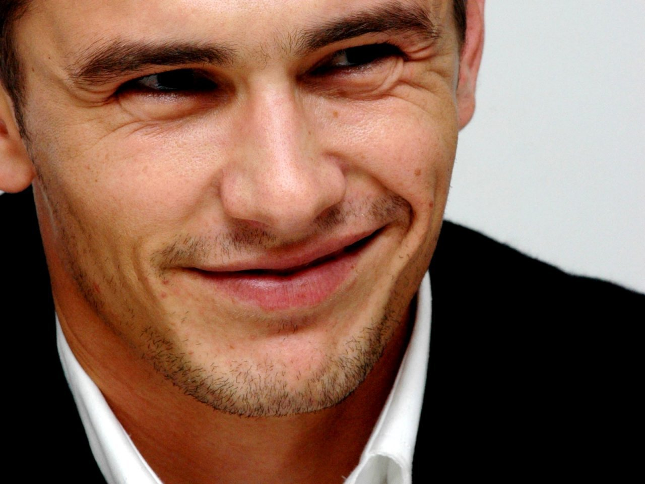 Download Convert View Source. Tagged on : James Franco ...