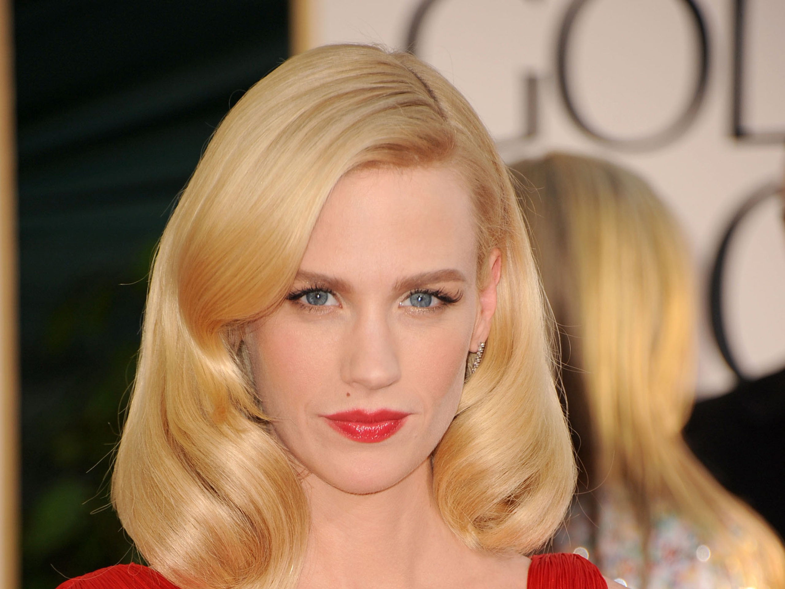 It sounds a little like a spoof take on classic B-movie chillers, but director George Ratliff and star January Jones ...
