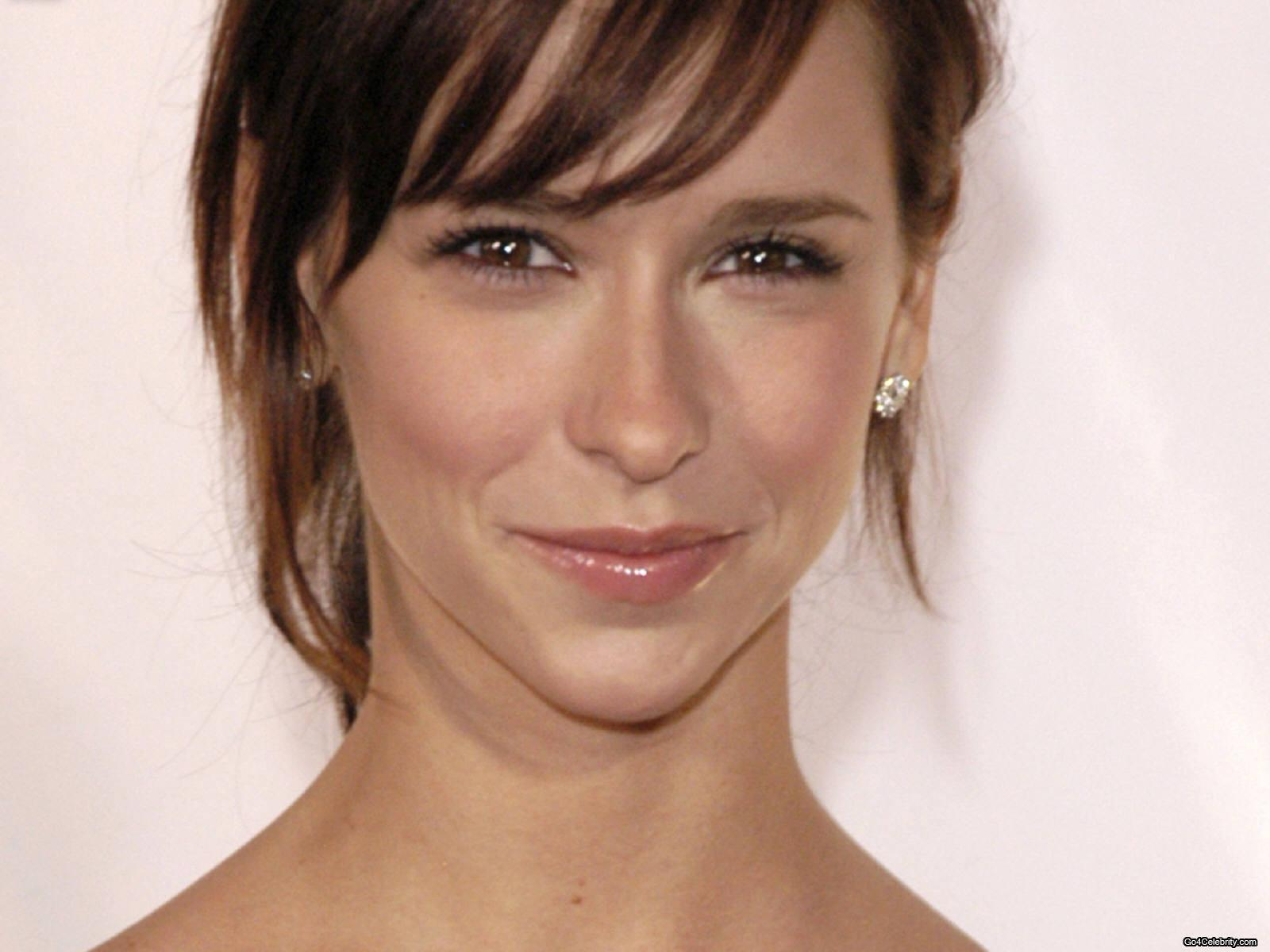 Jennifer - jennifer-love-hewitt Wallpaper