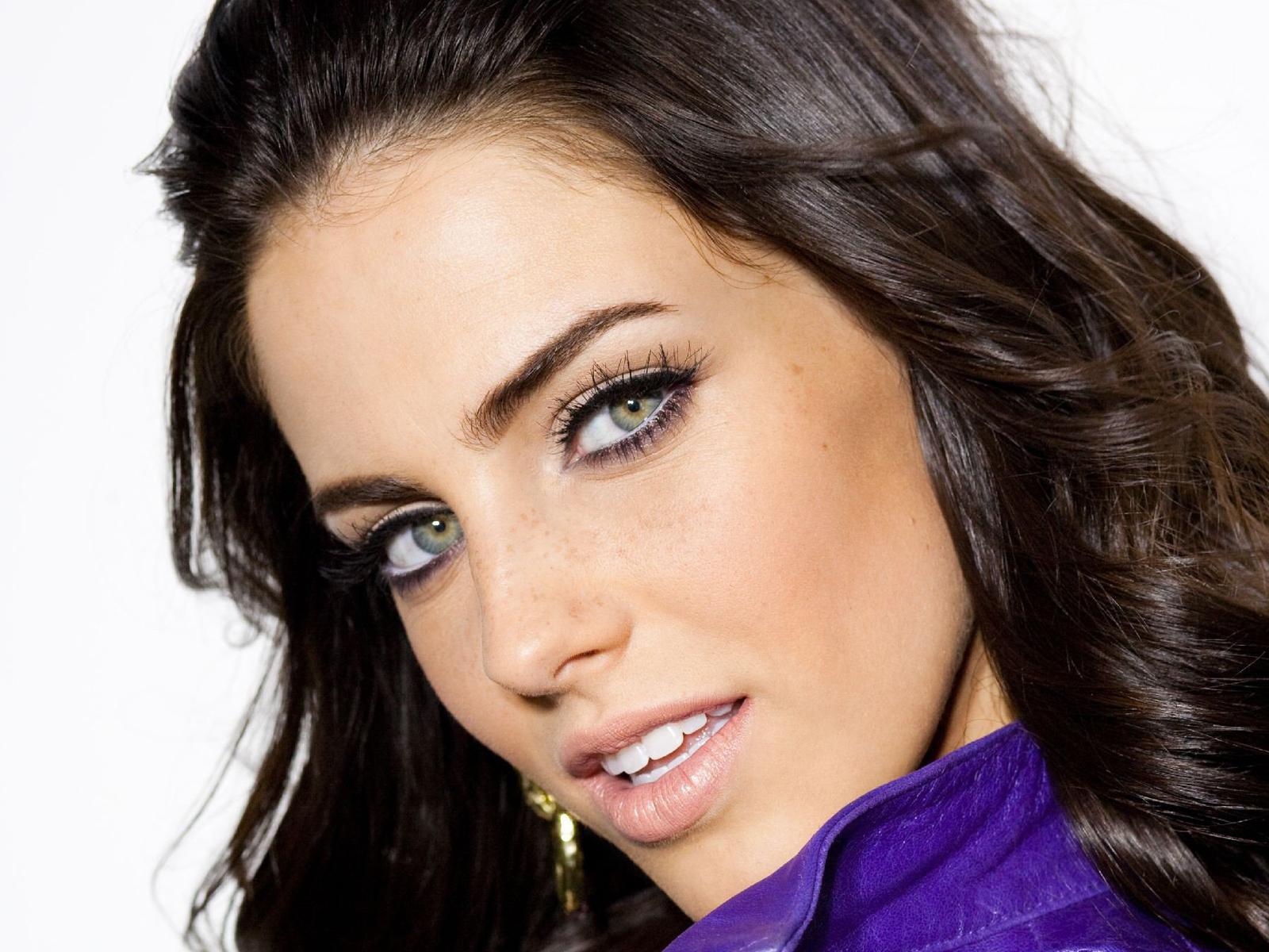 Jessica Lowndes HD