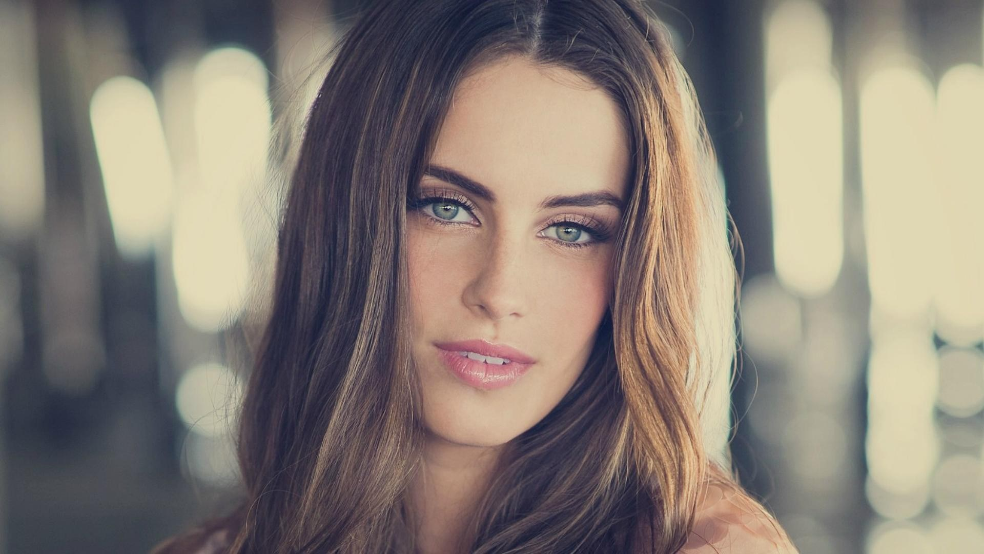 Jessica Lowndes HD