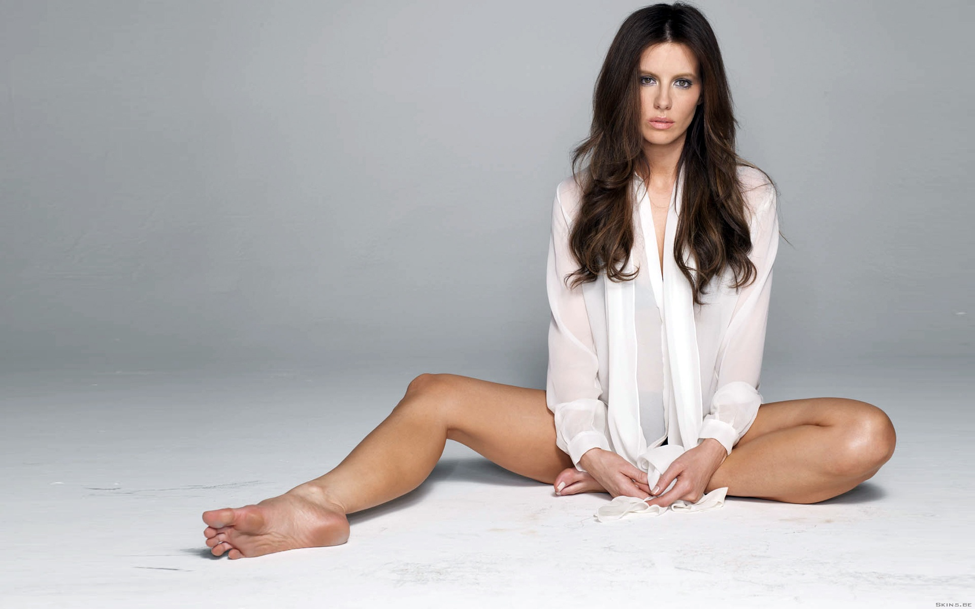 Kate Beckinsale Feet 1920x1200