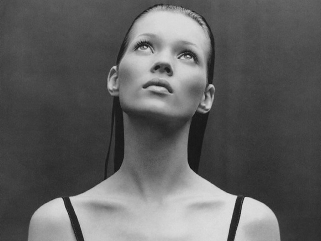 Happy Bday Kate Moss + The Icon Exhibition at Hiltawsky Gallery, Berlin