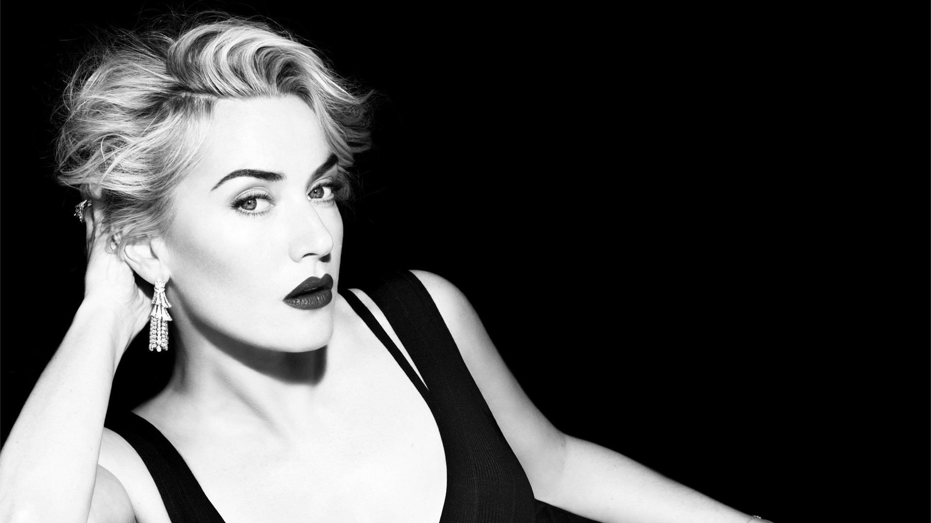 Kate Winslet Wallpaper HD Free Download
