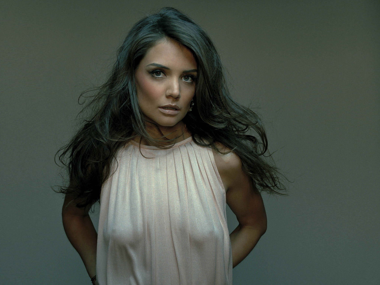 Abandon Actress Katie Holmes Hd Wallpaper 1600x1200px