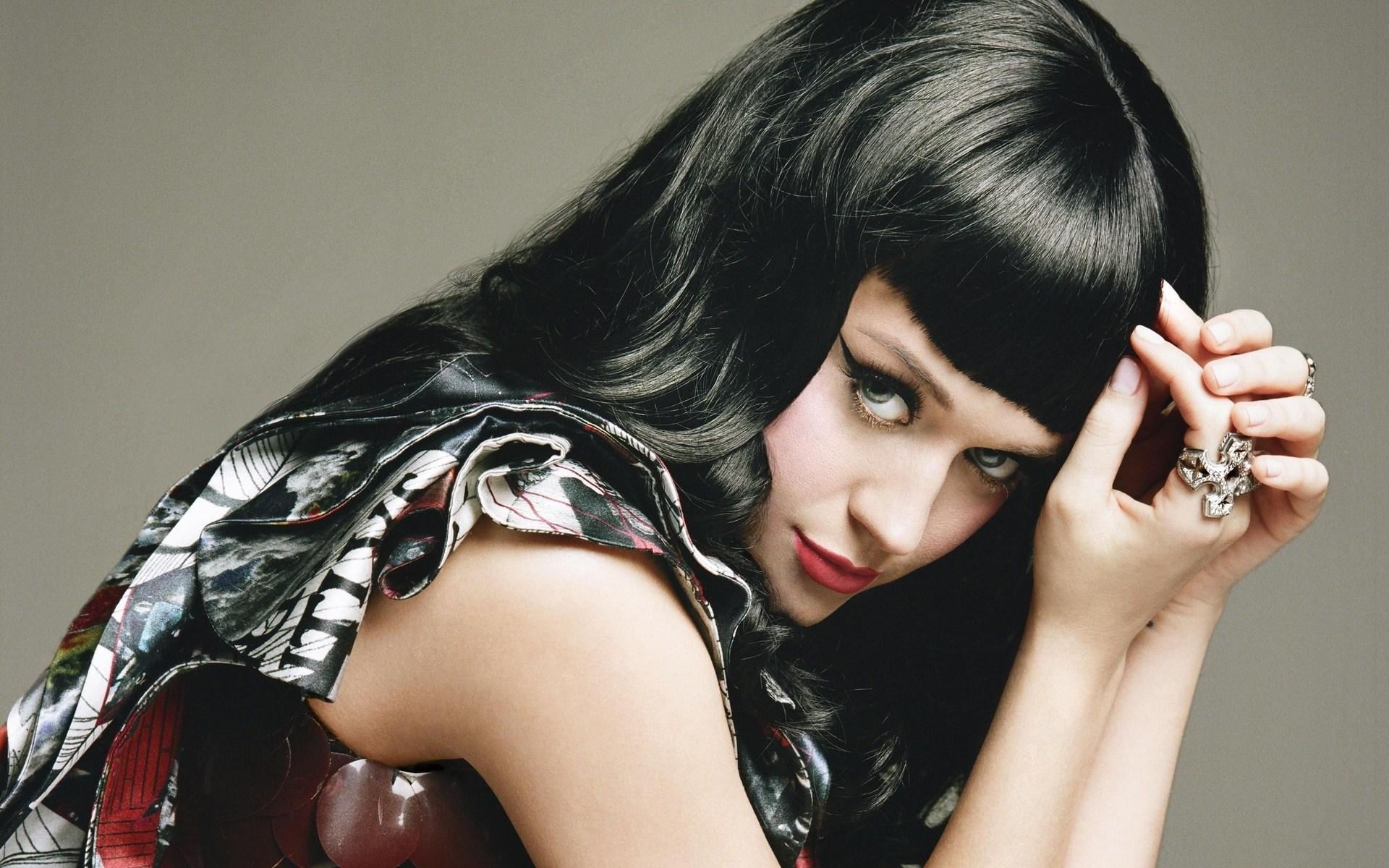 Katy Perry Brunette Girl Singer
