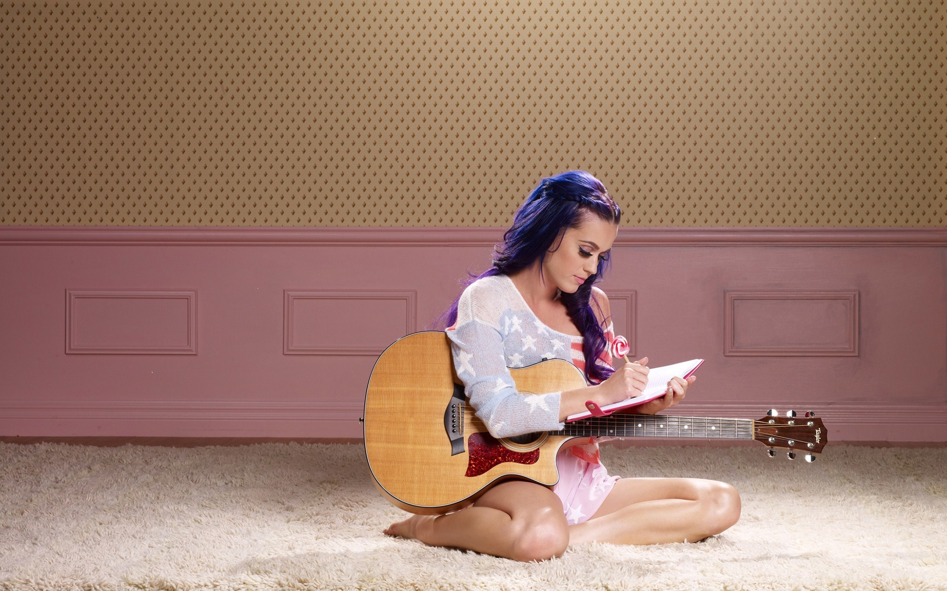 Katy Perry Lovely Singer Guitar Music
