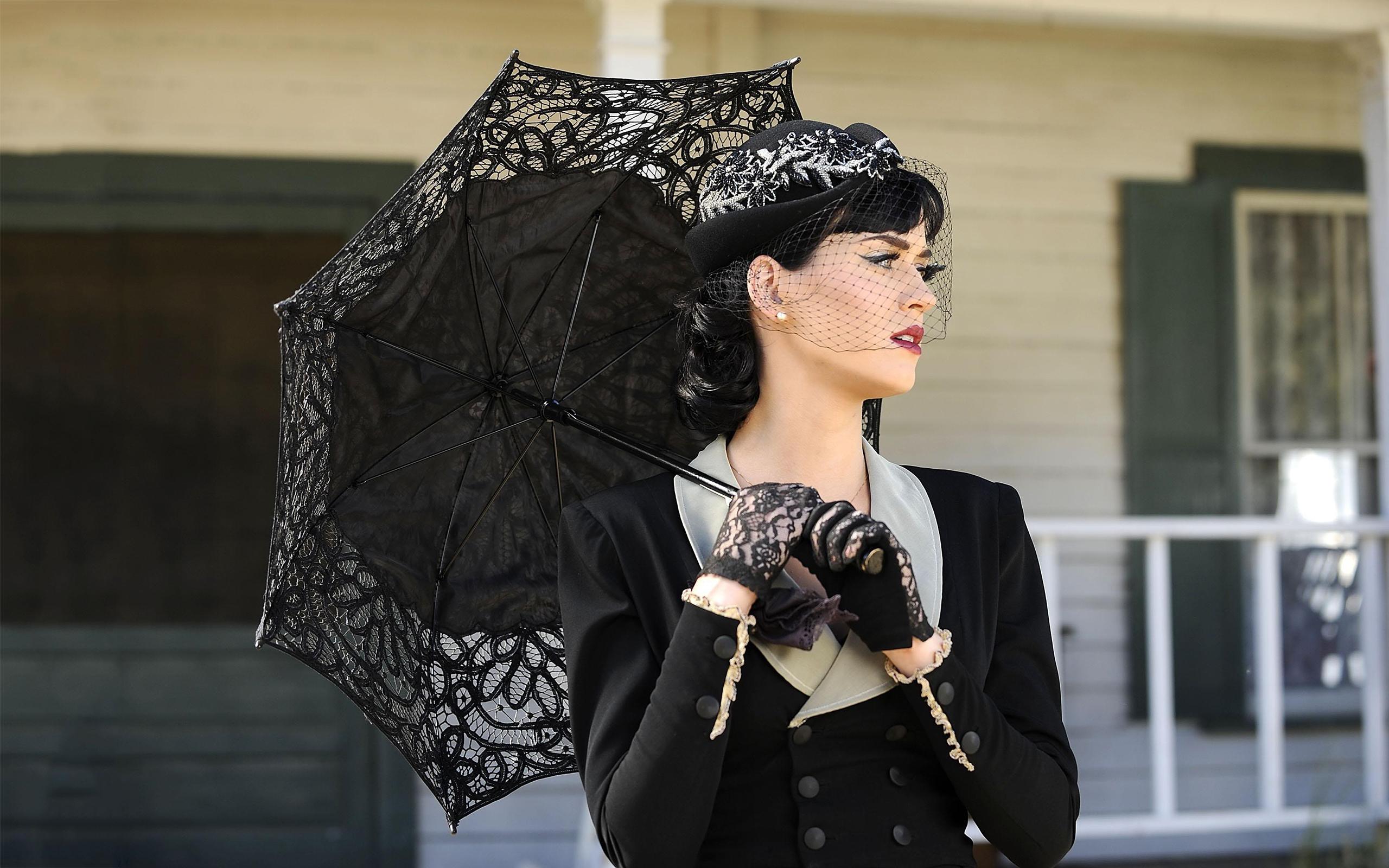 Katy perry widow