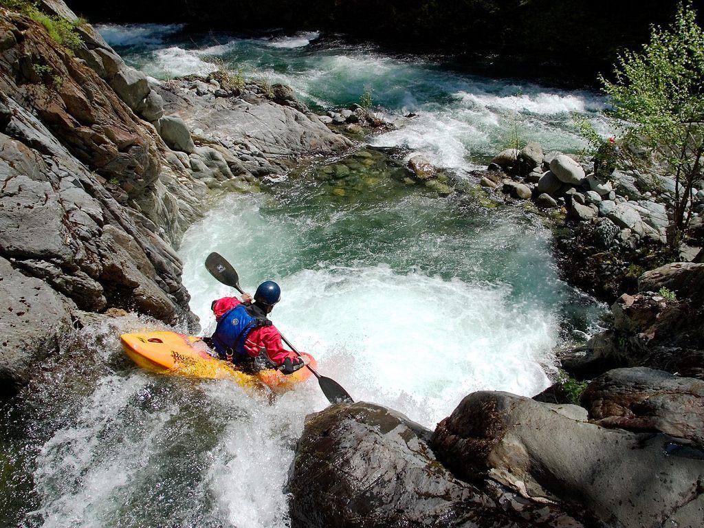 ... Kayak Wallpaper ...