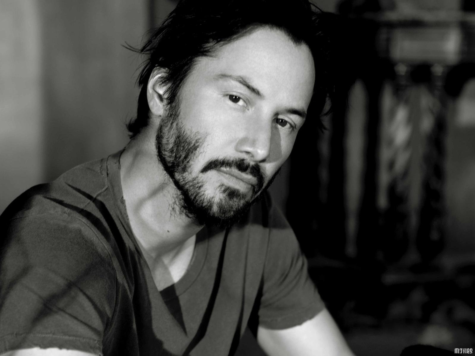 Keanu Reeves 25 Desktop Background