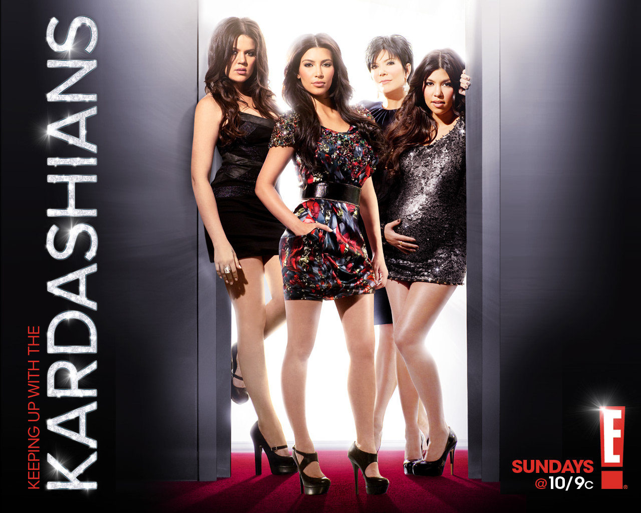 ... Keeping Up With The Kardashians ...