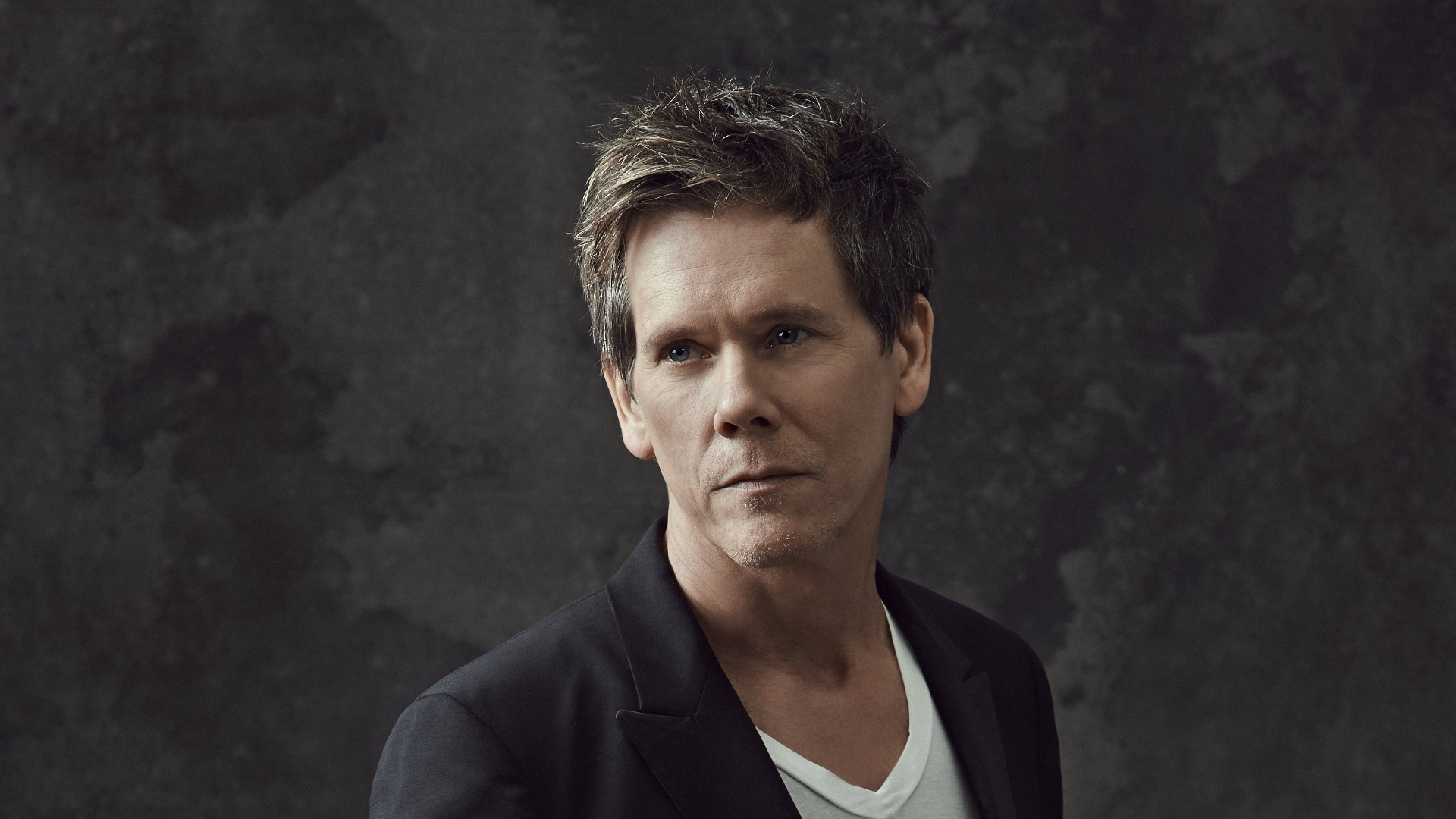 "Hot off ""The Following,"" Kevin Bacon, pictured above, will star in 6 Miranda Dr., a new micro-budget thriller that would also star Pitch Black and Silent ..."