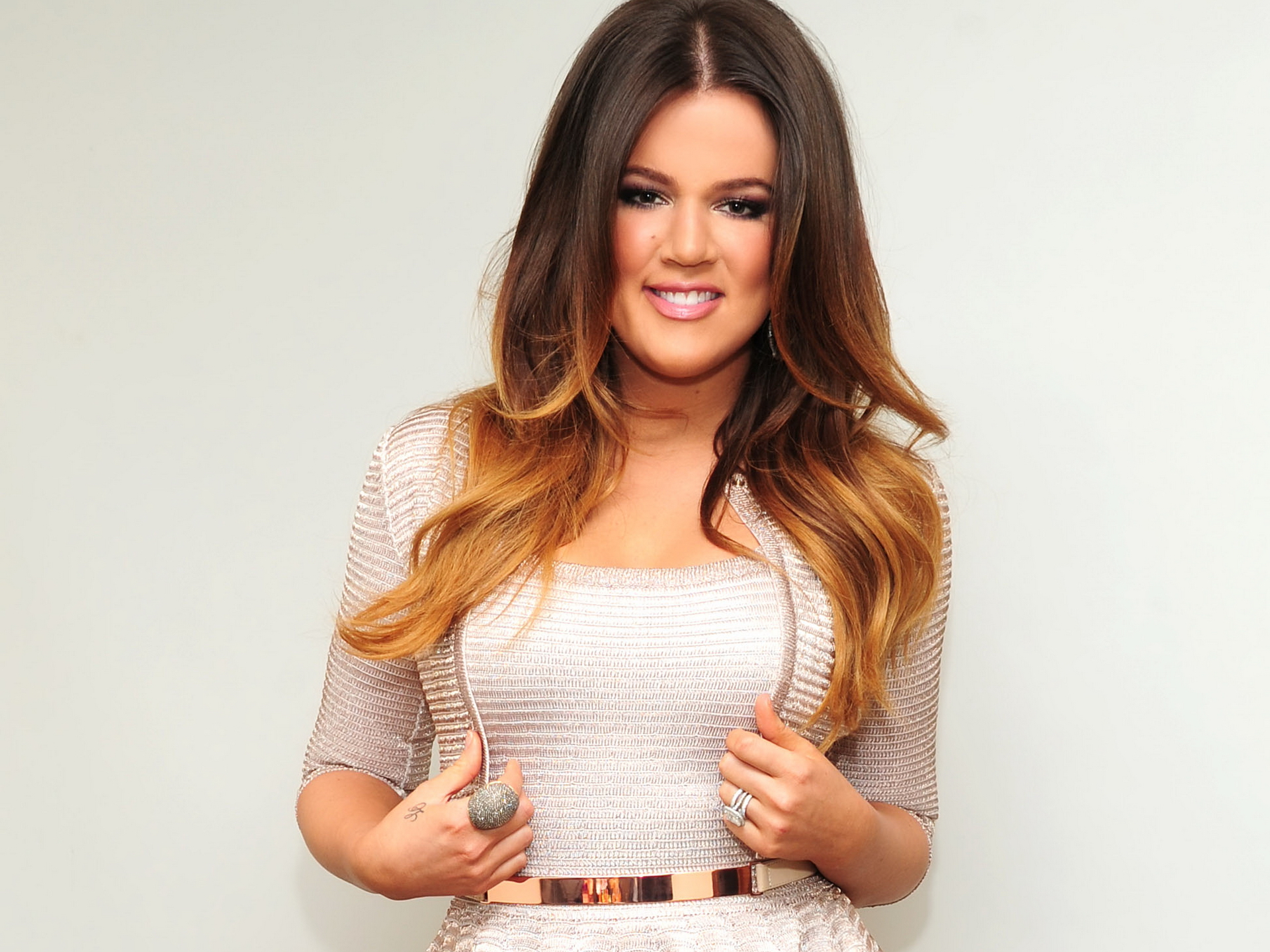 Khloe Kardashian Hd Widescreen 11 HD Wallpapers