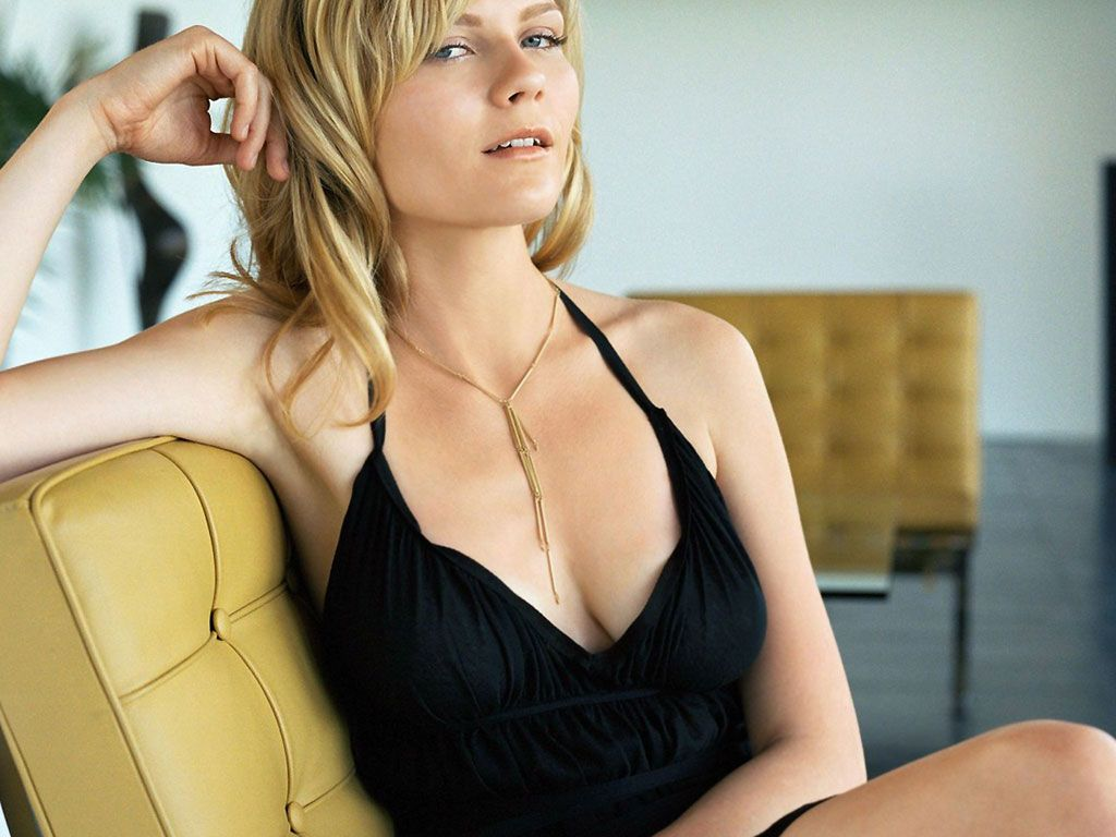 Kirsten Dunst background ...
