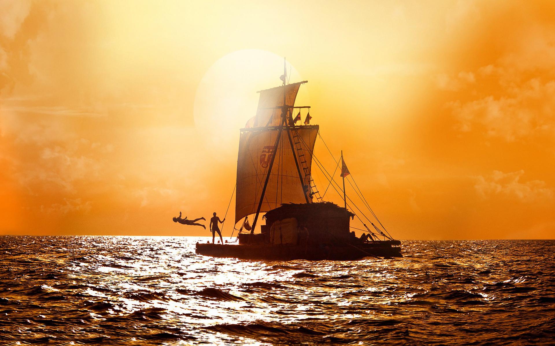 Kon tiki sailing