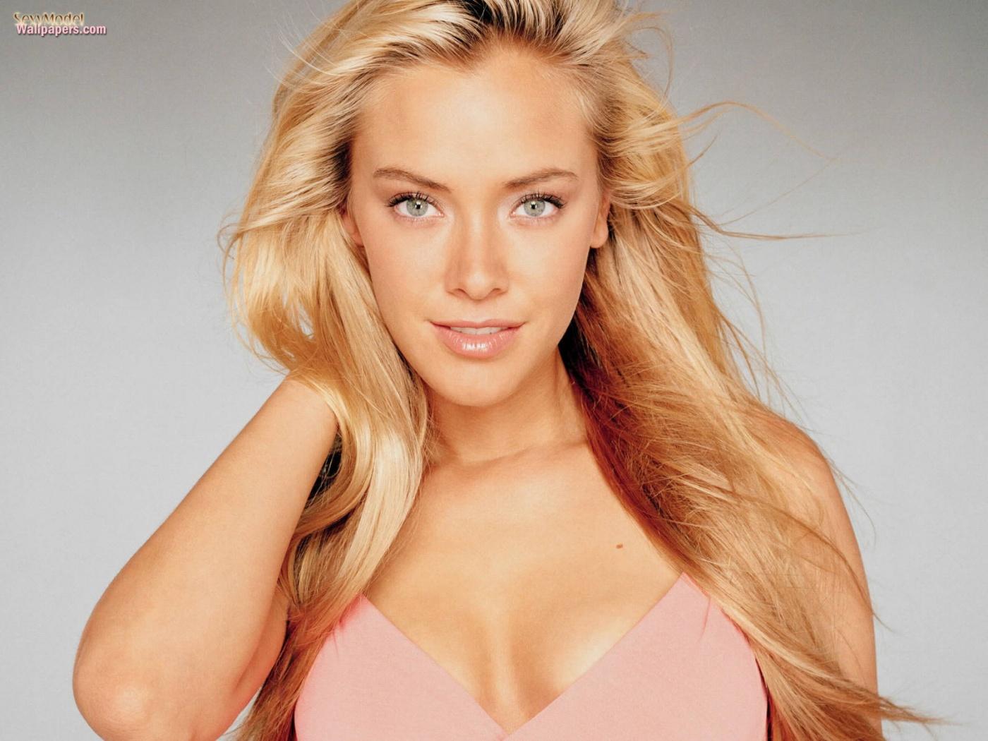 ... Kristanna Loken | FamousFix.com Film Thoughts ...