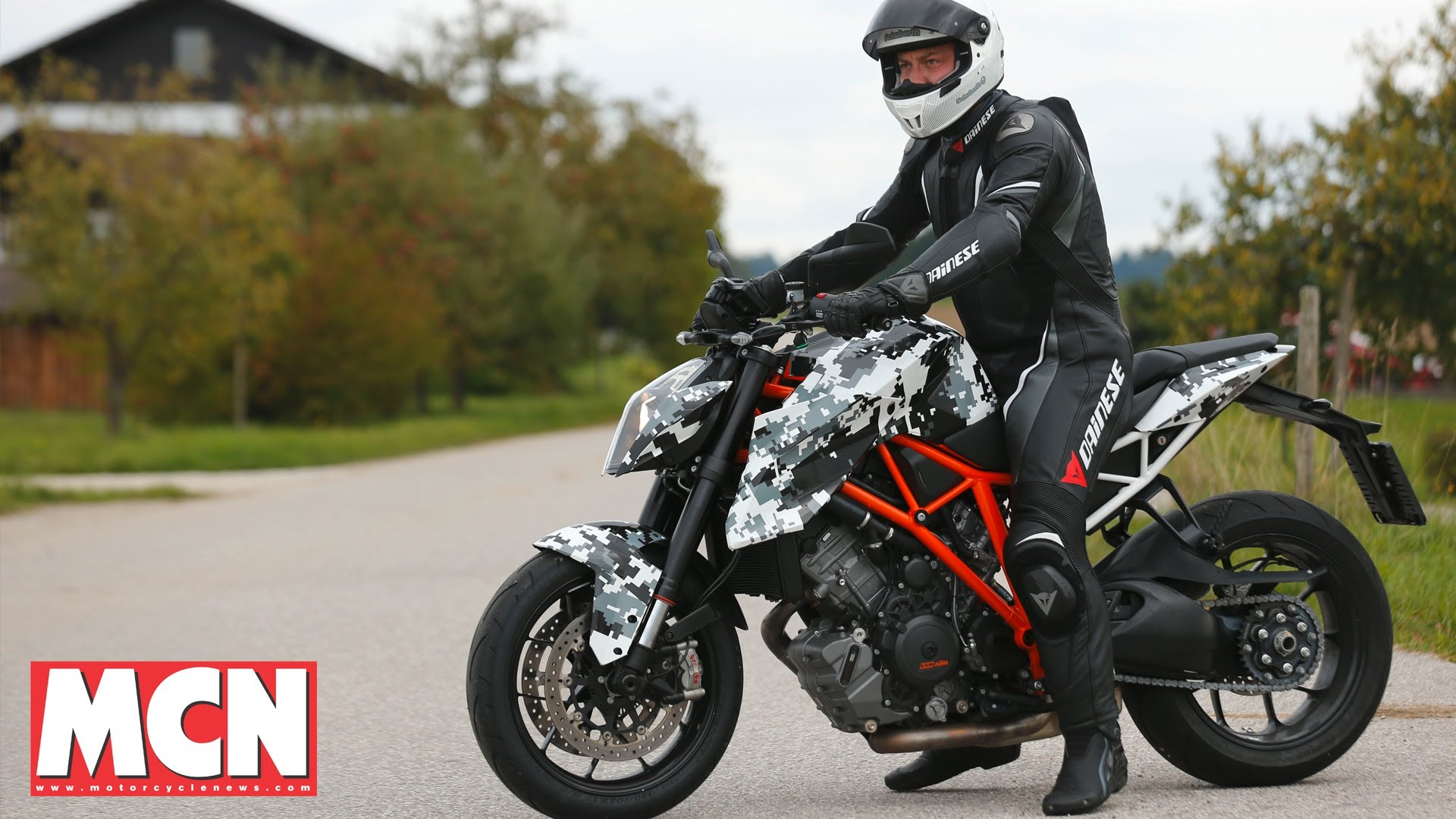 KTM 1290 Super Duke R | First Rides | Motorcyclenews.com