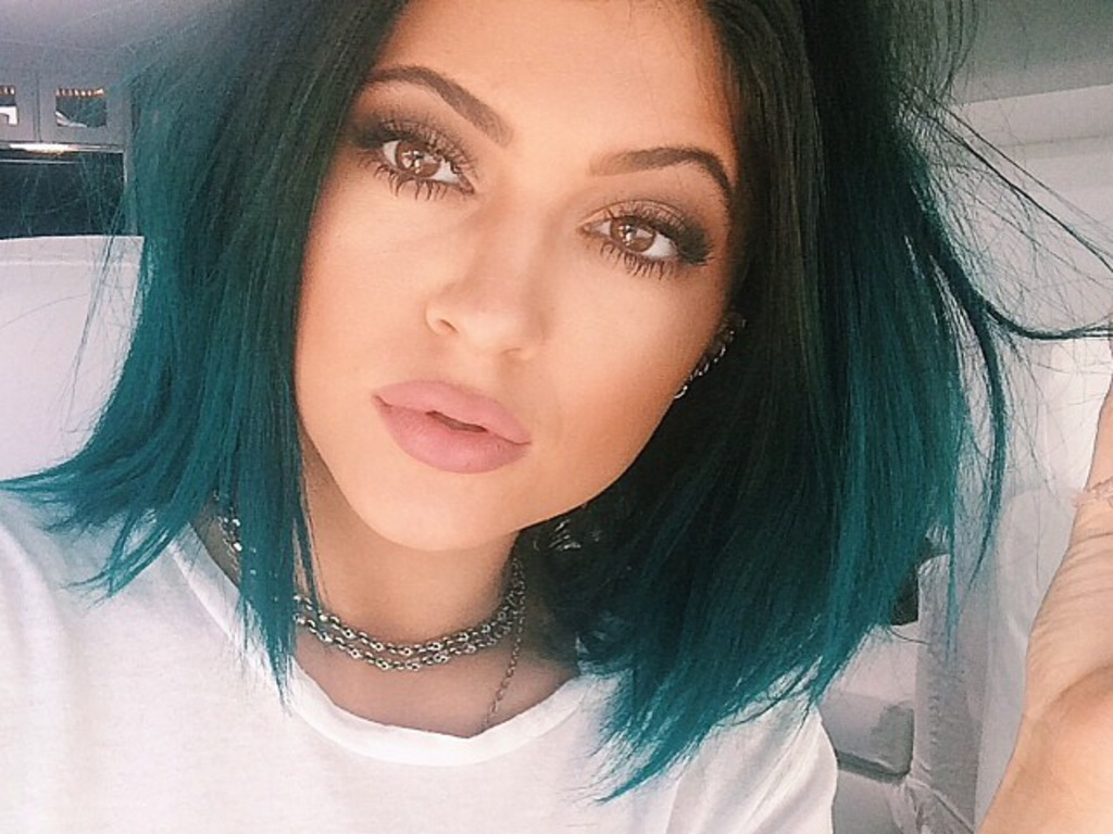 Kylie Jenner Wallpaper 1024x768 2066