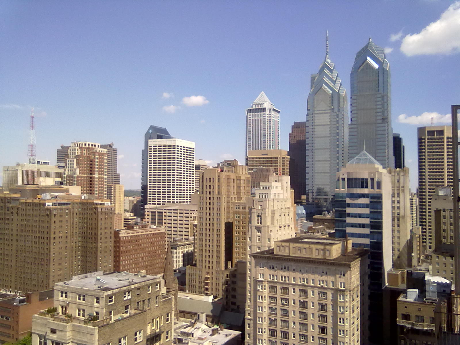 Philly skyline-111.jpg LA skyline vs. Philly skyline-05082011018.jpg ...