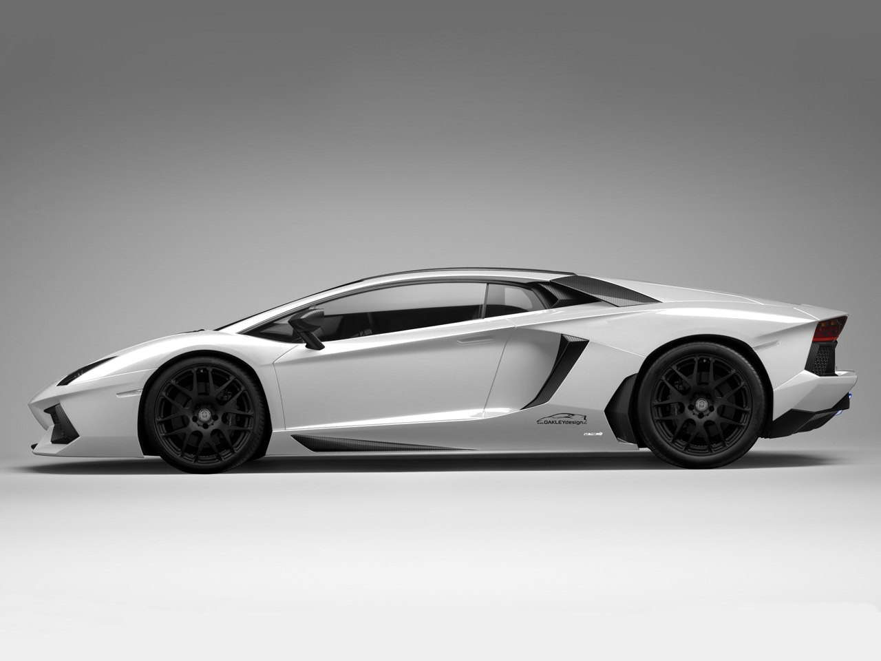 Oakley Design Tunes Lamborghini Aventador, Calls it LP760-2