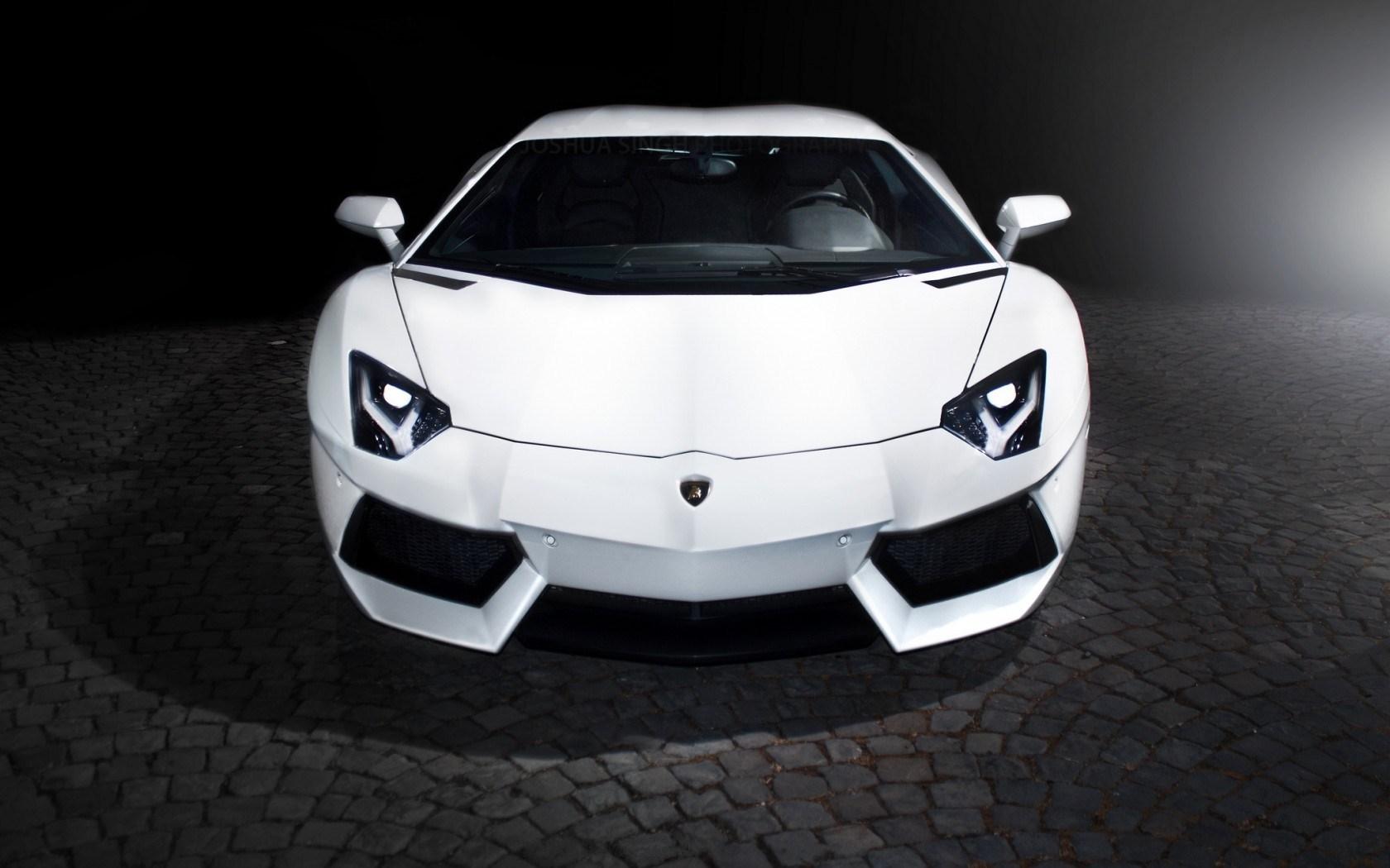 Lamborghini Aventador LP700-4 Front Car