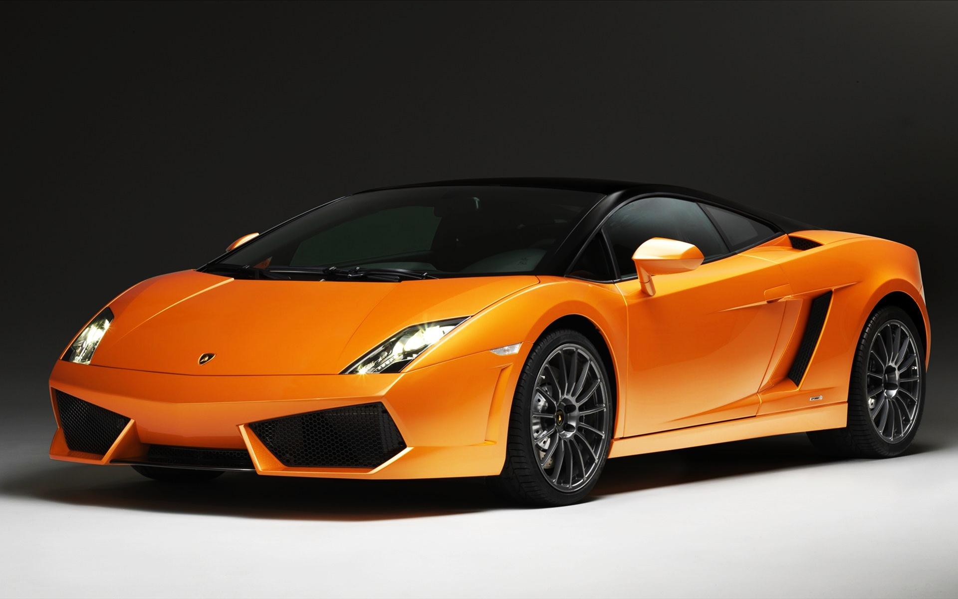Lamborghini Gallardo Images: