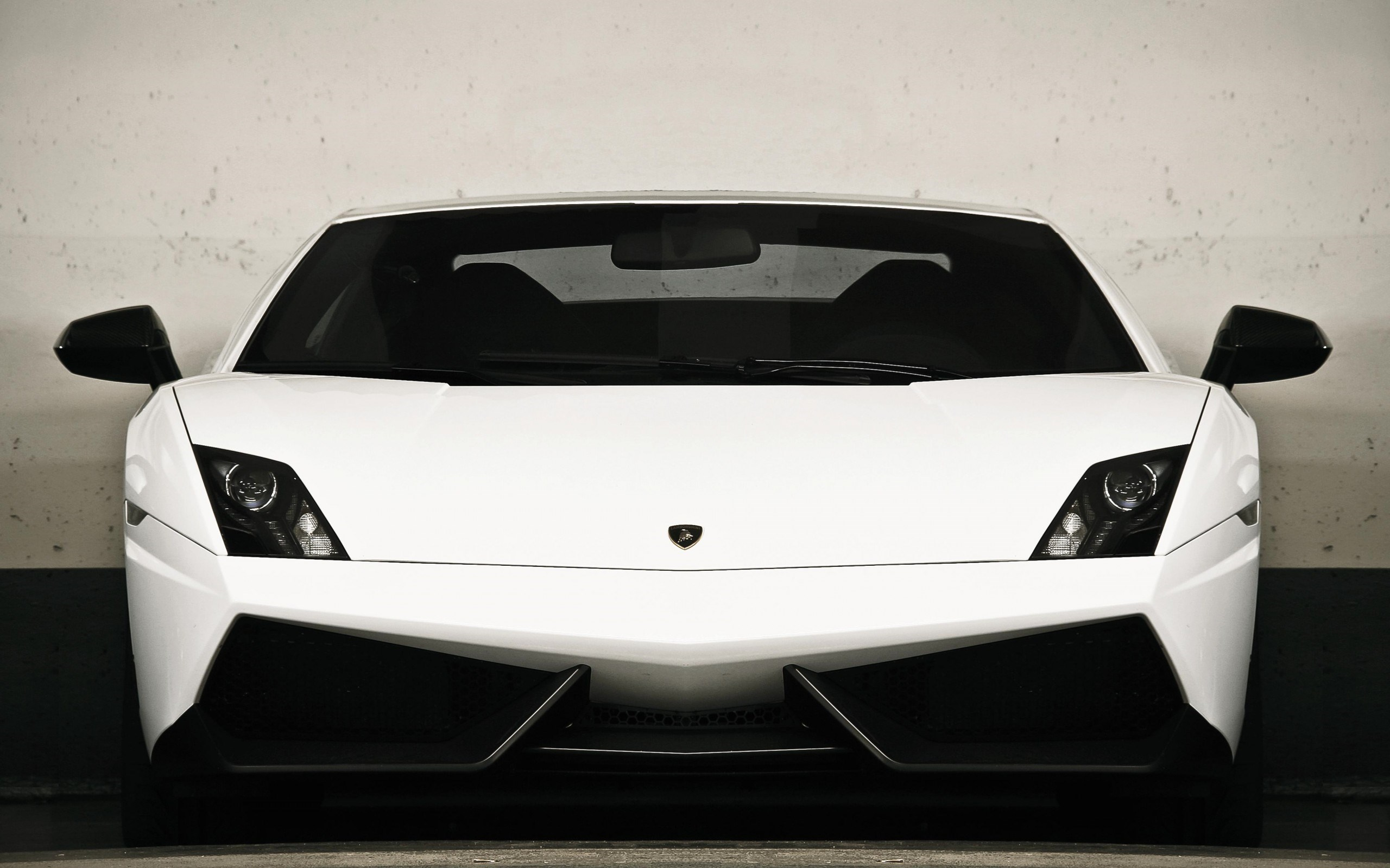 Lamborghini Gallardo LP570-4 Superleggera White Front