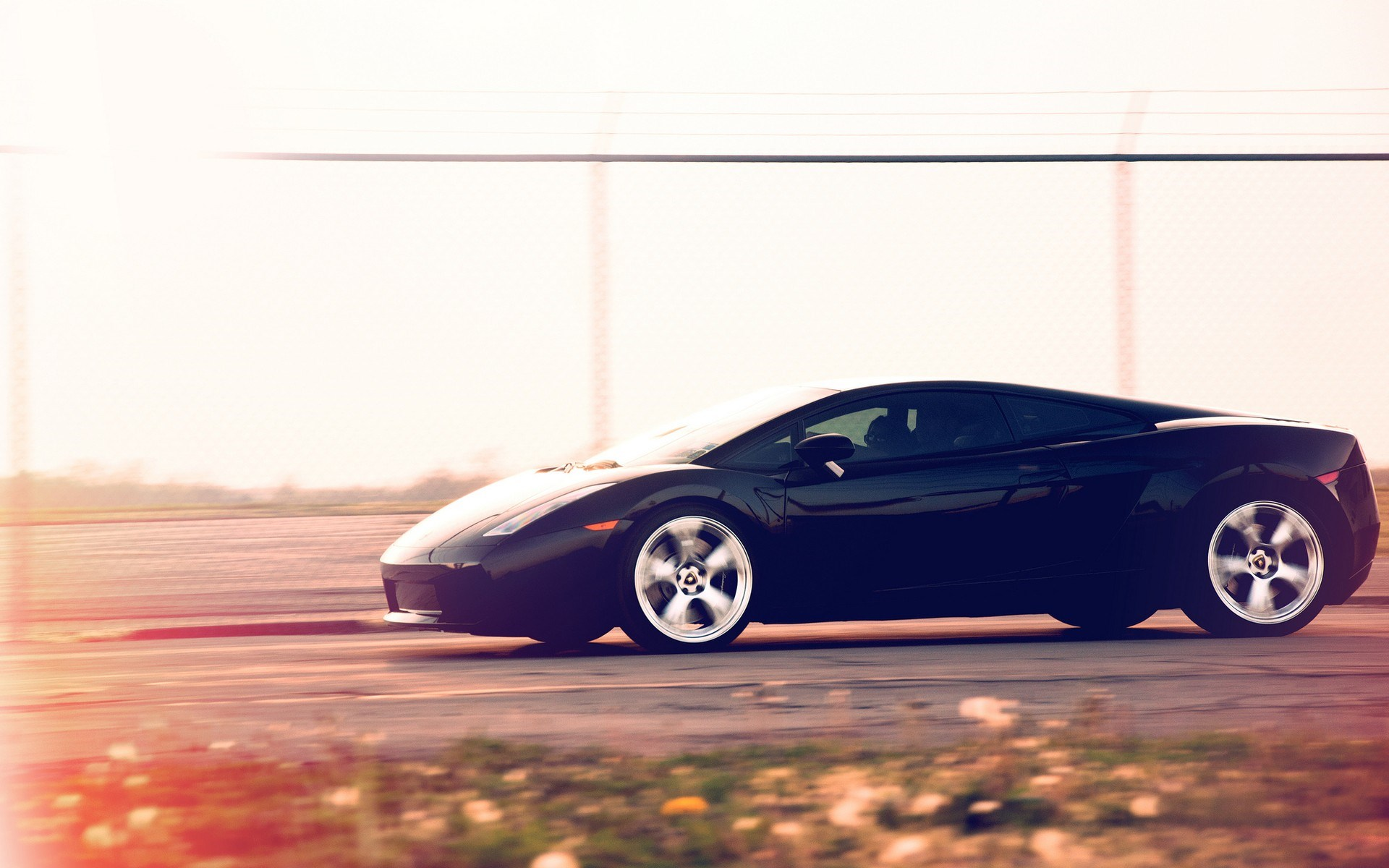 Lamborghini Gallardo Motion Blur