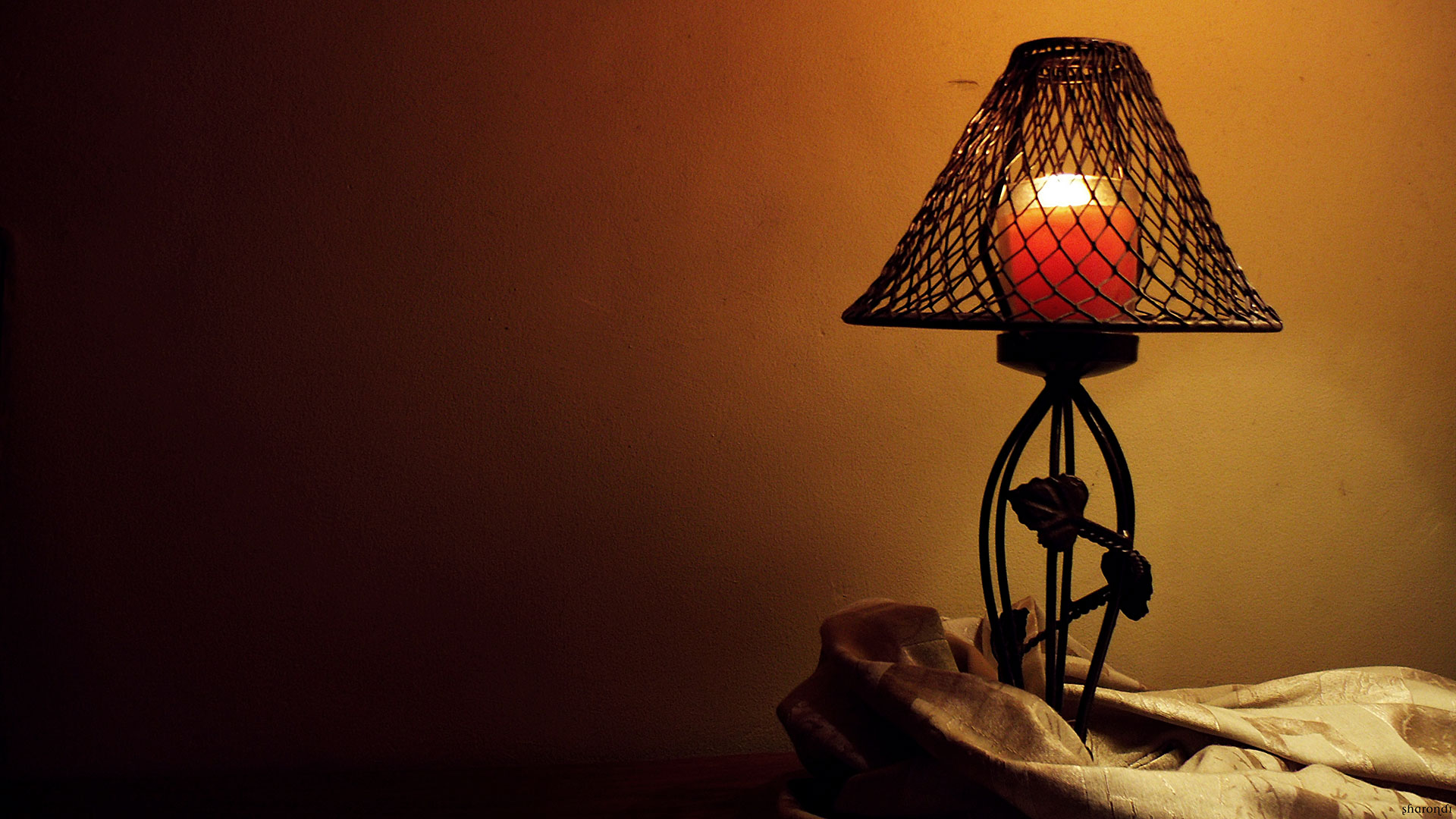 Old Candle Light Lamp wallpaper