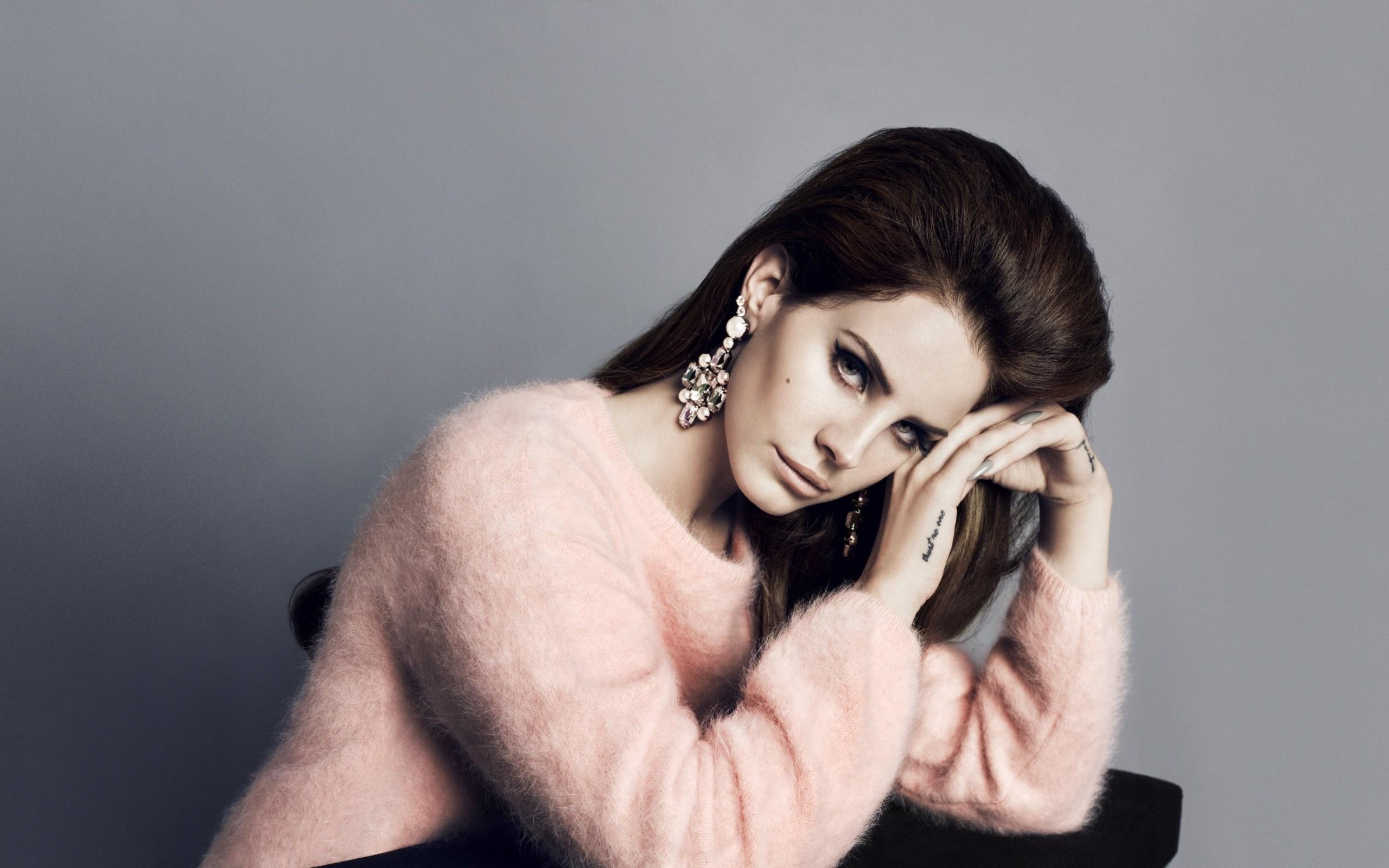Lana Del Rey Beautiful Singer