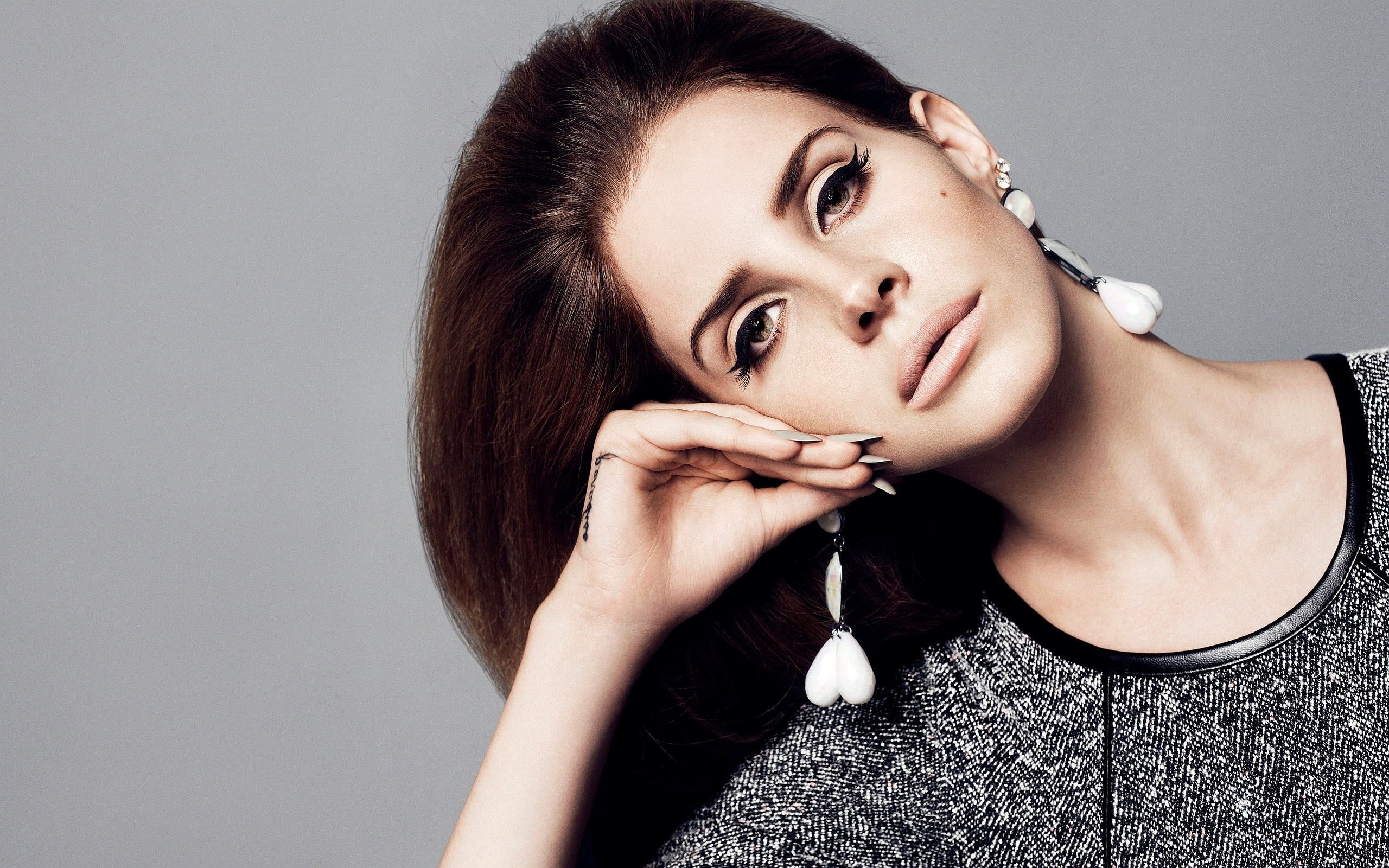 Lana Del Rey Face