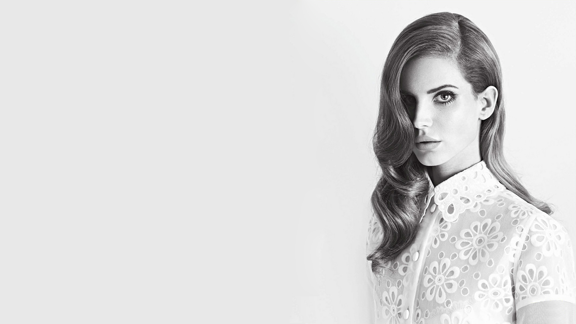 lana-del-rey-black-and-white-wallpaper
