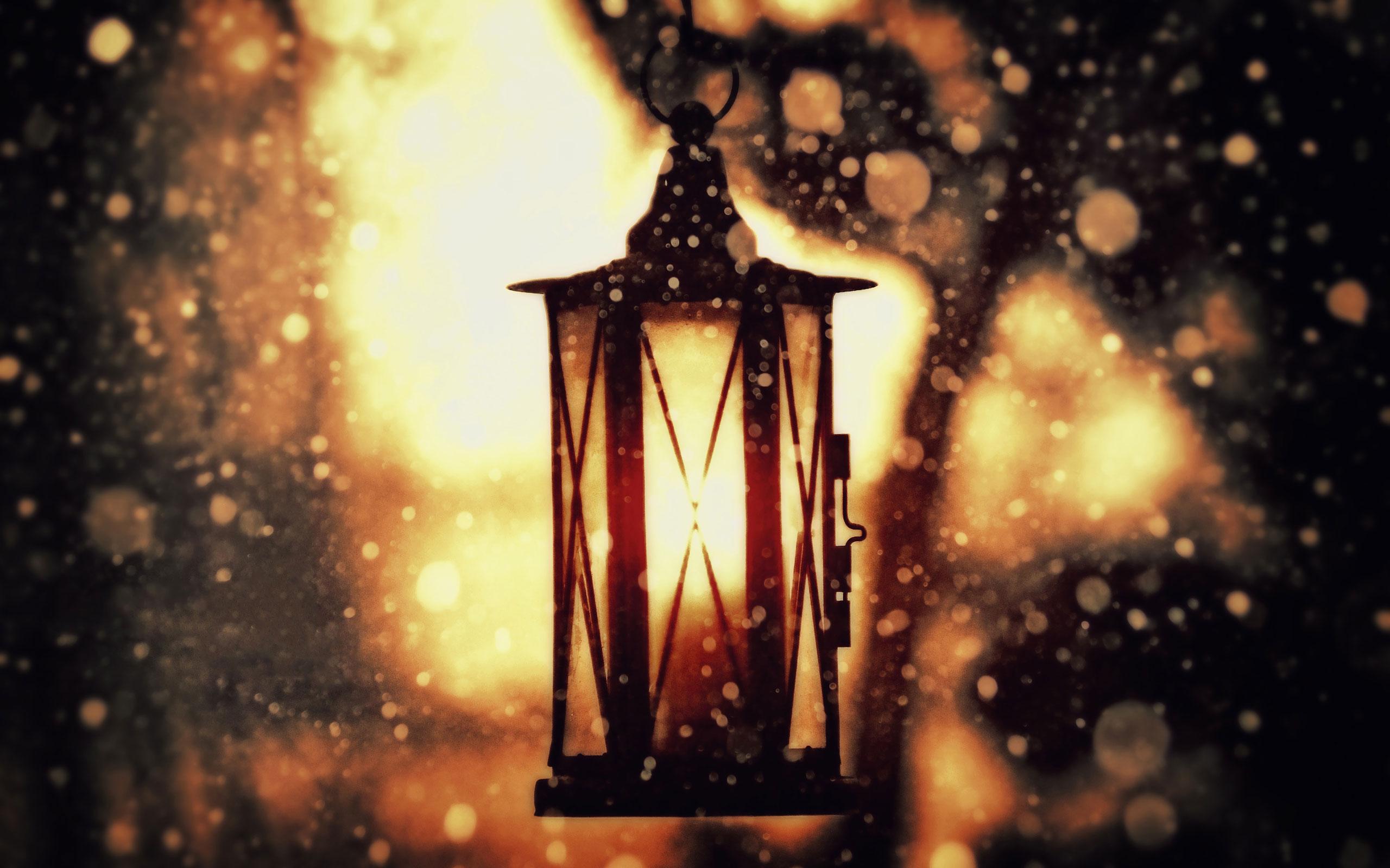 Artistic wallpaper Sunlight and lantern