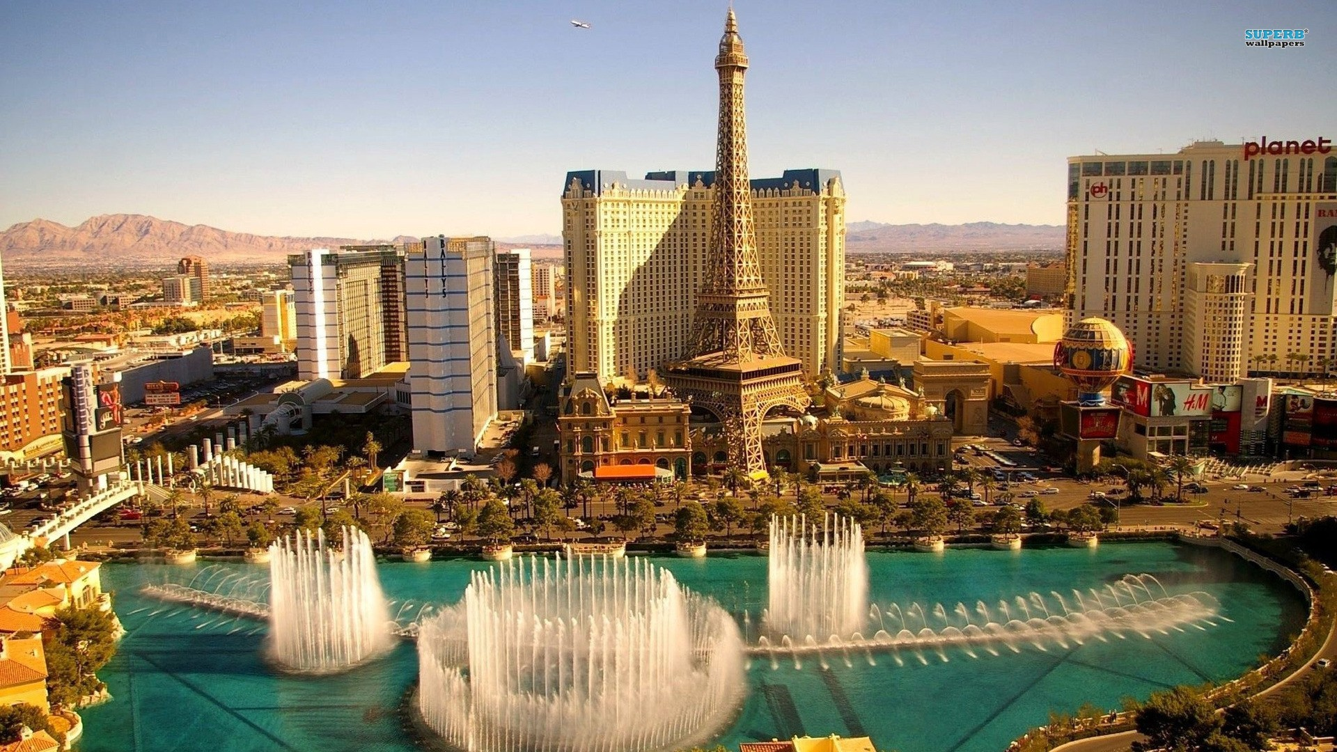 Please check our widescreen hd wallpaper below and bring beauty to your desktop. Las Vegas HD Wallpapers