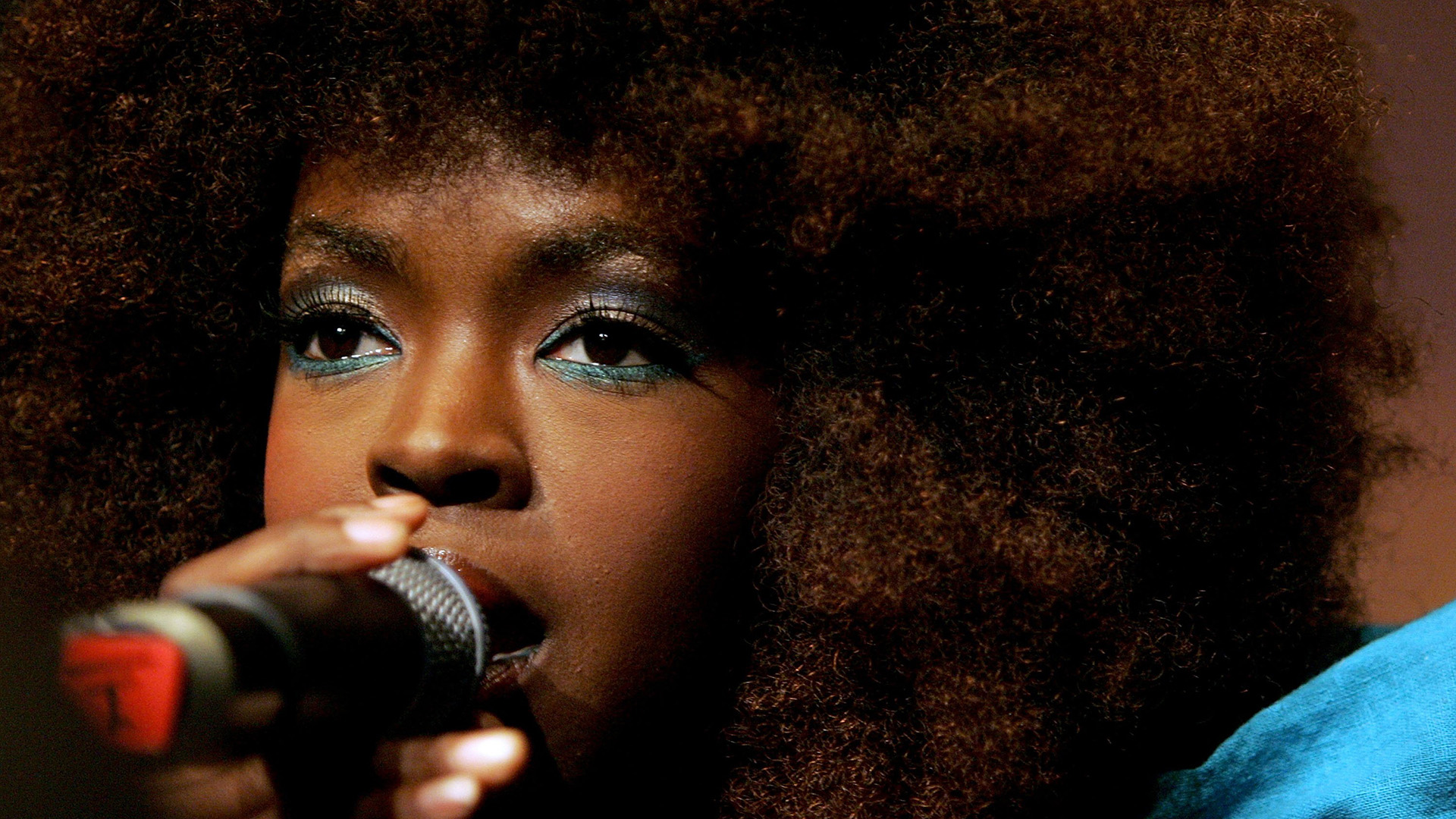 Lauryn Hill backdrop wallpaper